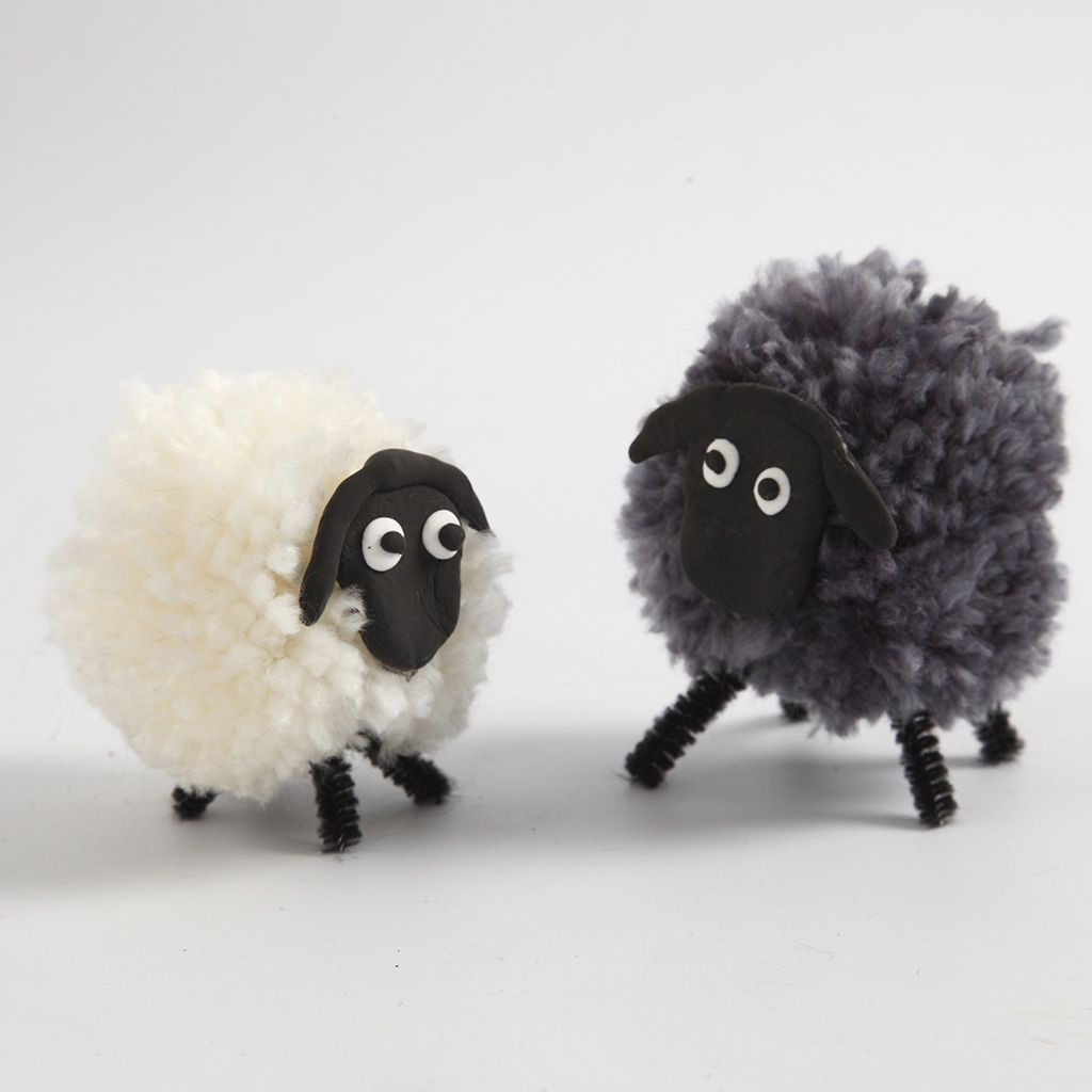 Un Mouton Avec Des Pompons | Diy Instruction pour Photo De Mouton A Imprimer