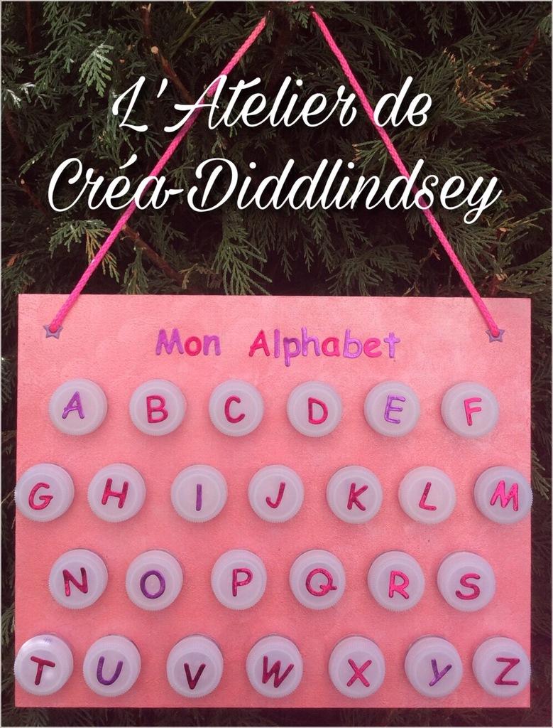 Un Petit Jeu Pour Apprendre L'alphabet Réalisé Avec Des destiné Jeux Pour Apprendre L Alphabet