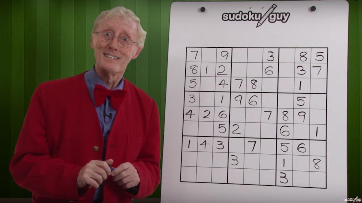 Un Professeur De Sudoku De La Colombie-Britannique Fait intérieur Jeu Le Sudoku