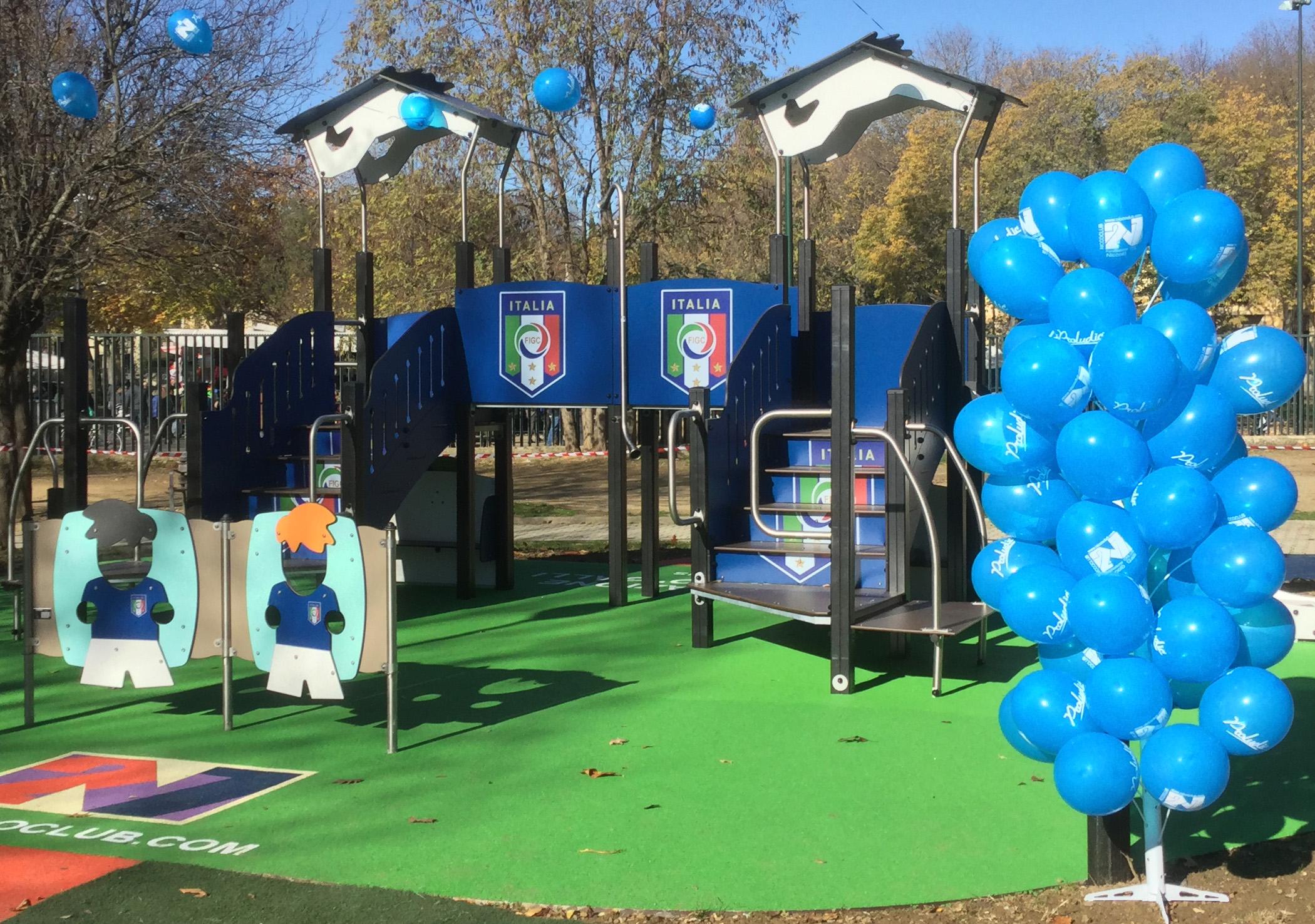 Une Aire De Jeux Inclusive Sur Le Thème Du Foot (Florence avec Jeux De Gardien De Foot