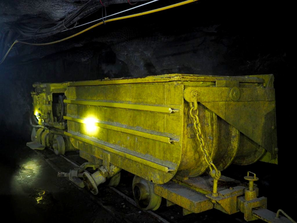 Val-D'or Et La Cité De L'or, Sur Les Pas Des Chercheurs D'or tout Mineur D Or