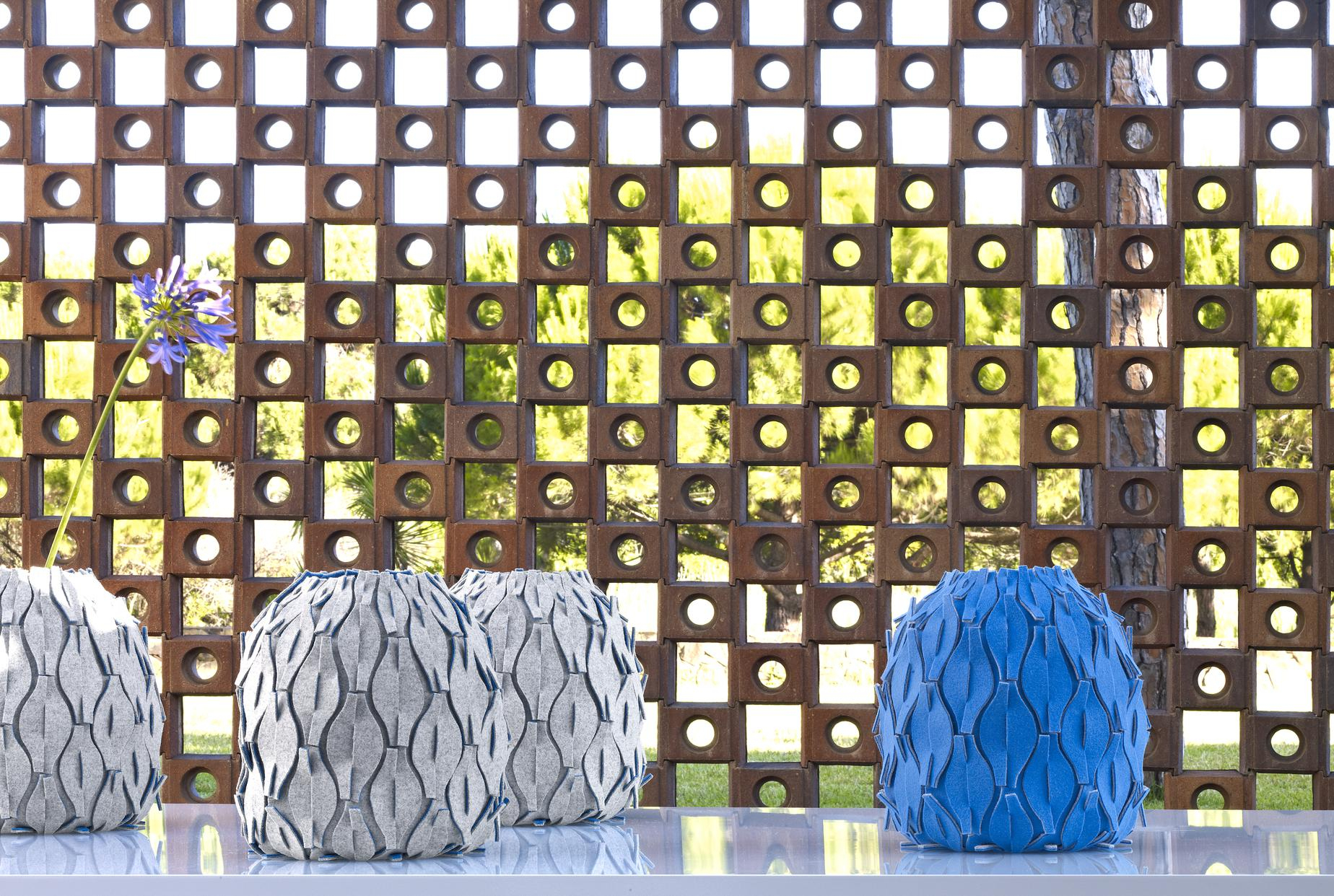 Vase: Asira, Vases & Bowls From Designer : Aurelie Tu dedans Tangram En Ligne