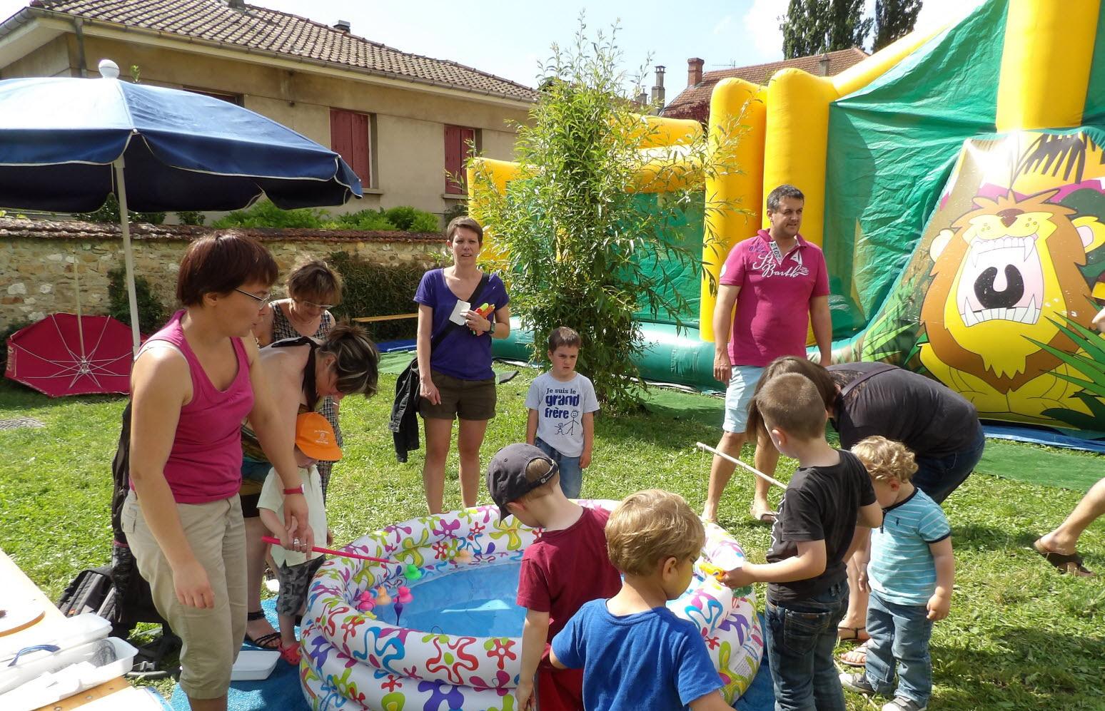 Vaux-En-Bugey | Kermesse : Moins De Bénévoles, Moins De Jeux pour Jeux Tout Petit