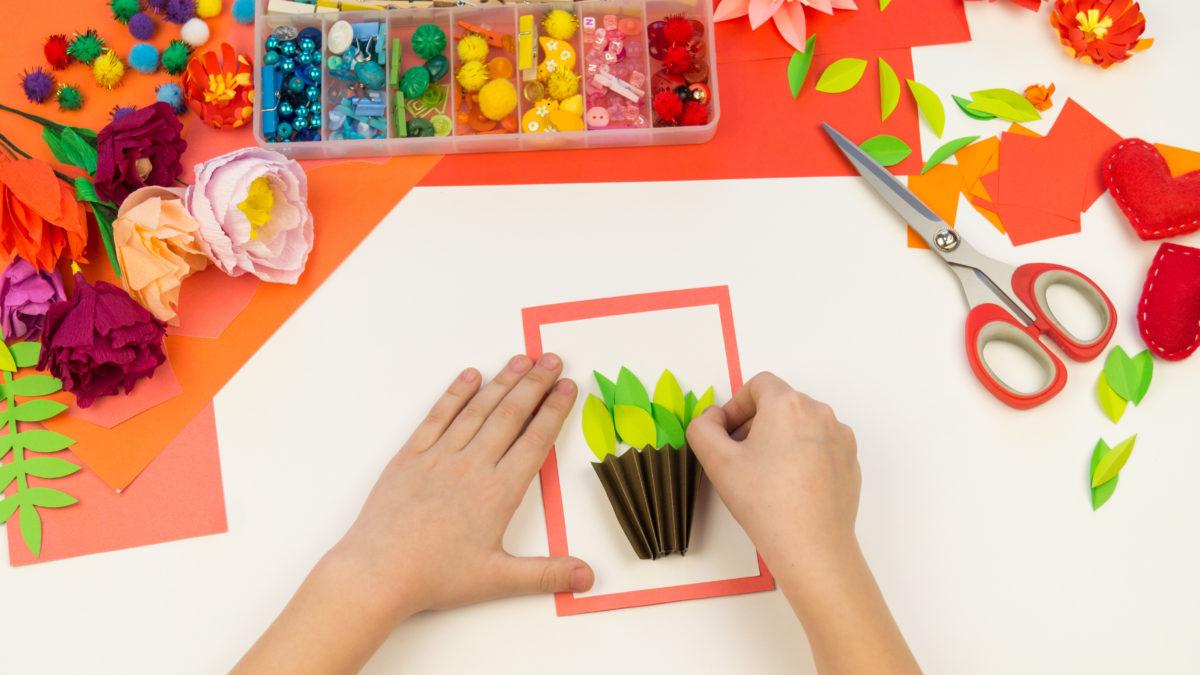 Activités Pour Enfant Pour Le Printemps ; Loisirs Creatifs destiné Activité Manuelle Enfant 3 Ans