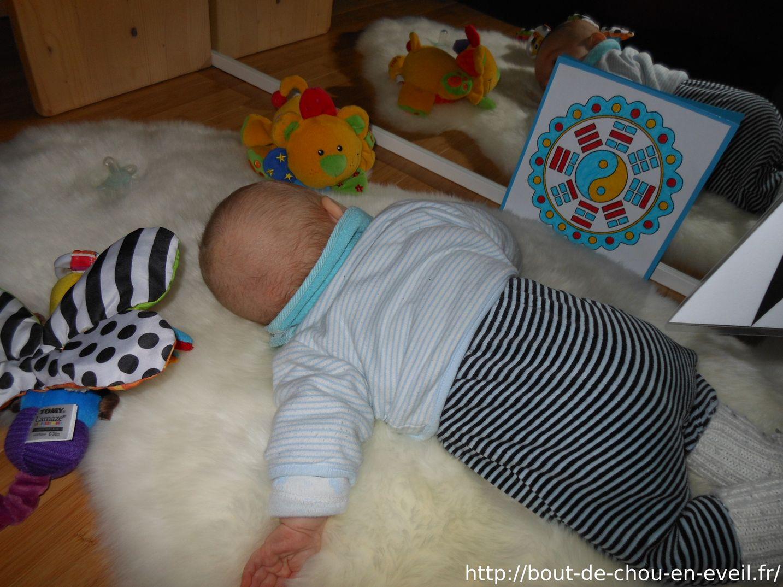 Bébé Montessori | Bout De Chou En Éveil encequiconcerne Jeux Eveil Bebe 2 Mois