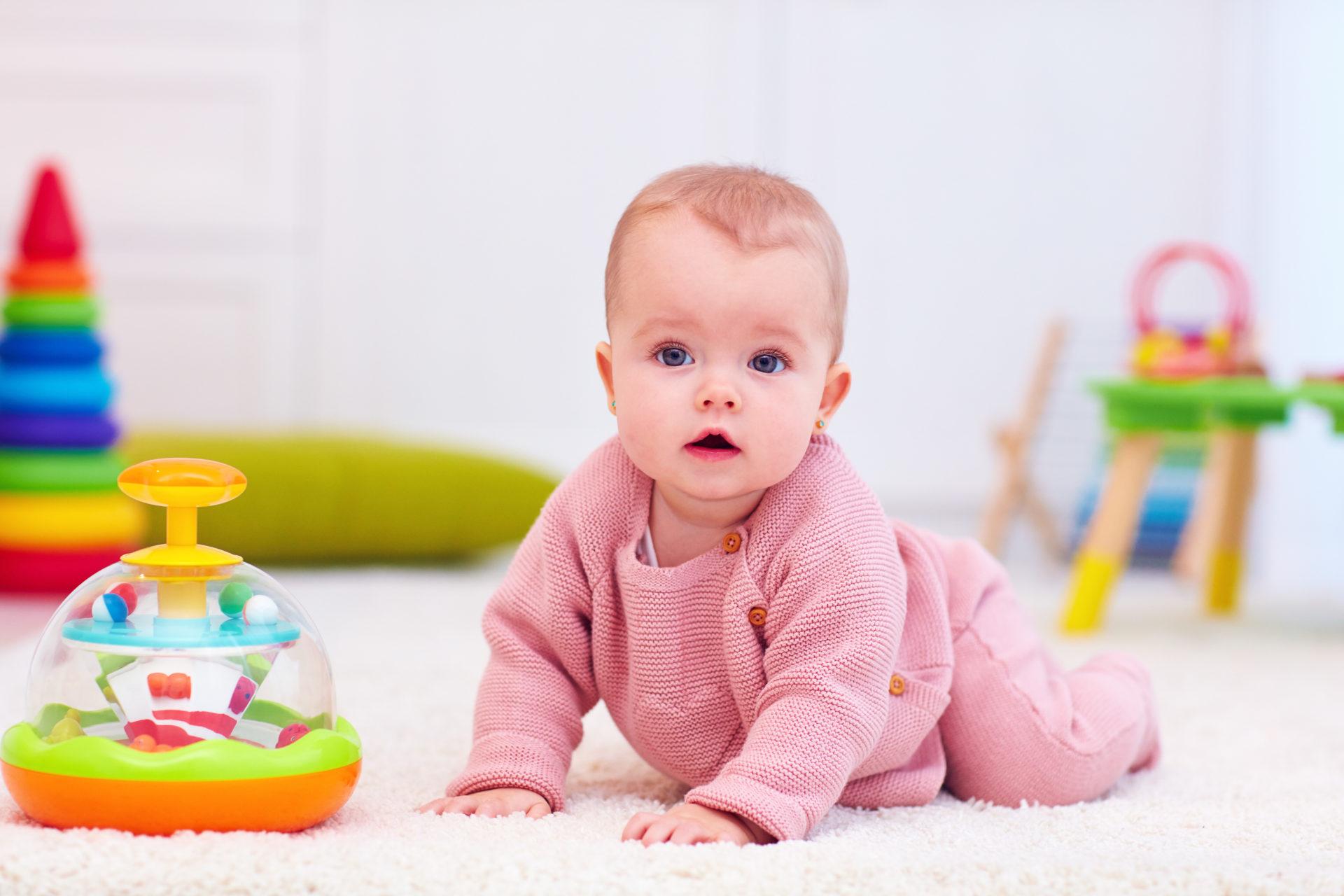 Cadeau Fille Jouet Bébé De 6 Mois, 9 Mois Et 12 Mois : Idées encequiconcerne Bebe 6 Mois Eveil