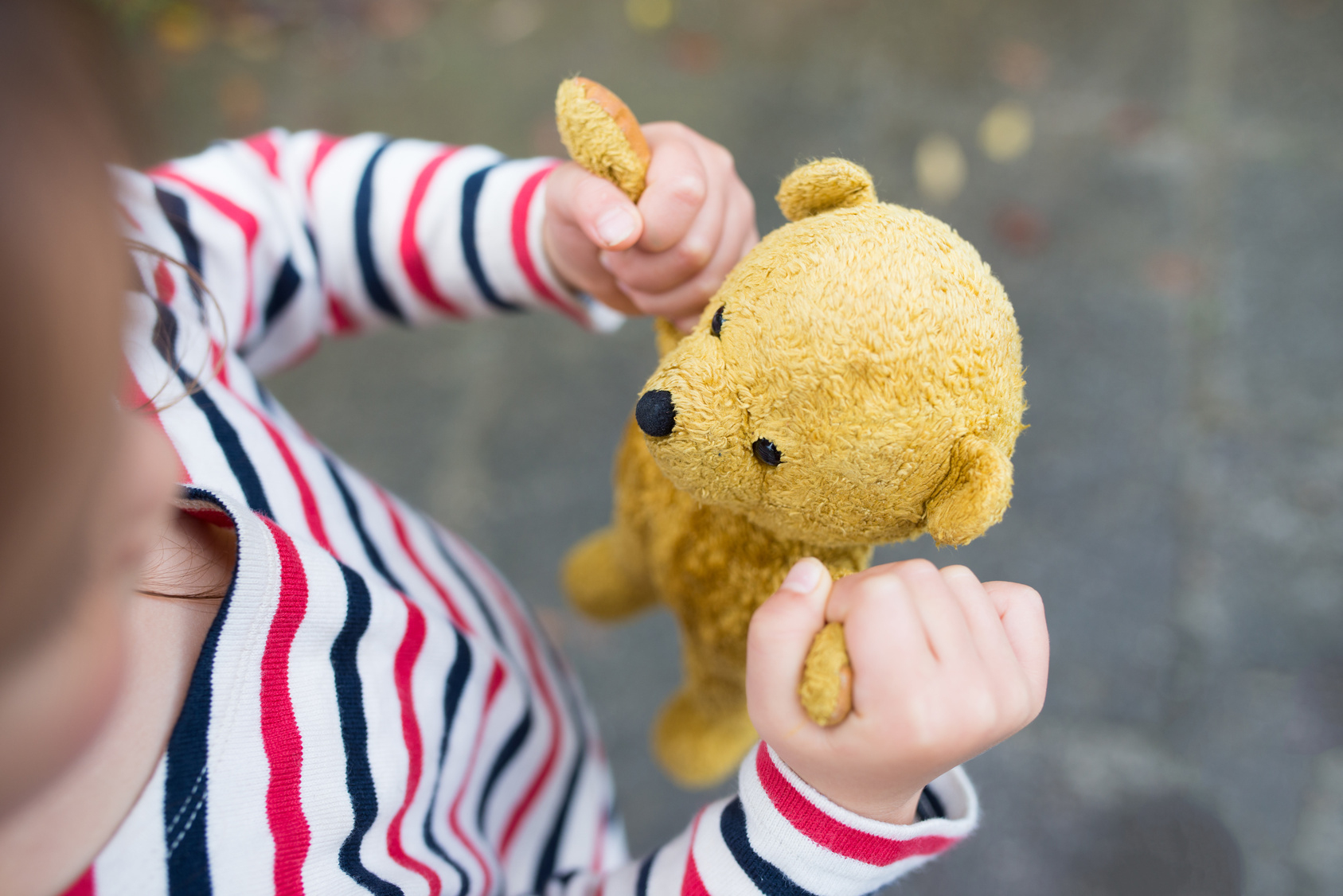 Choisir Le Bon Jouet : Les Jouets Pour Bébé, Âge Par Âge avec Jeux De Fille Pour S Inscrire