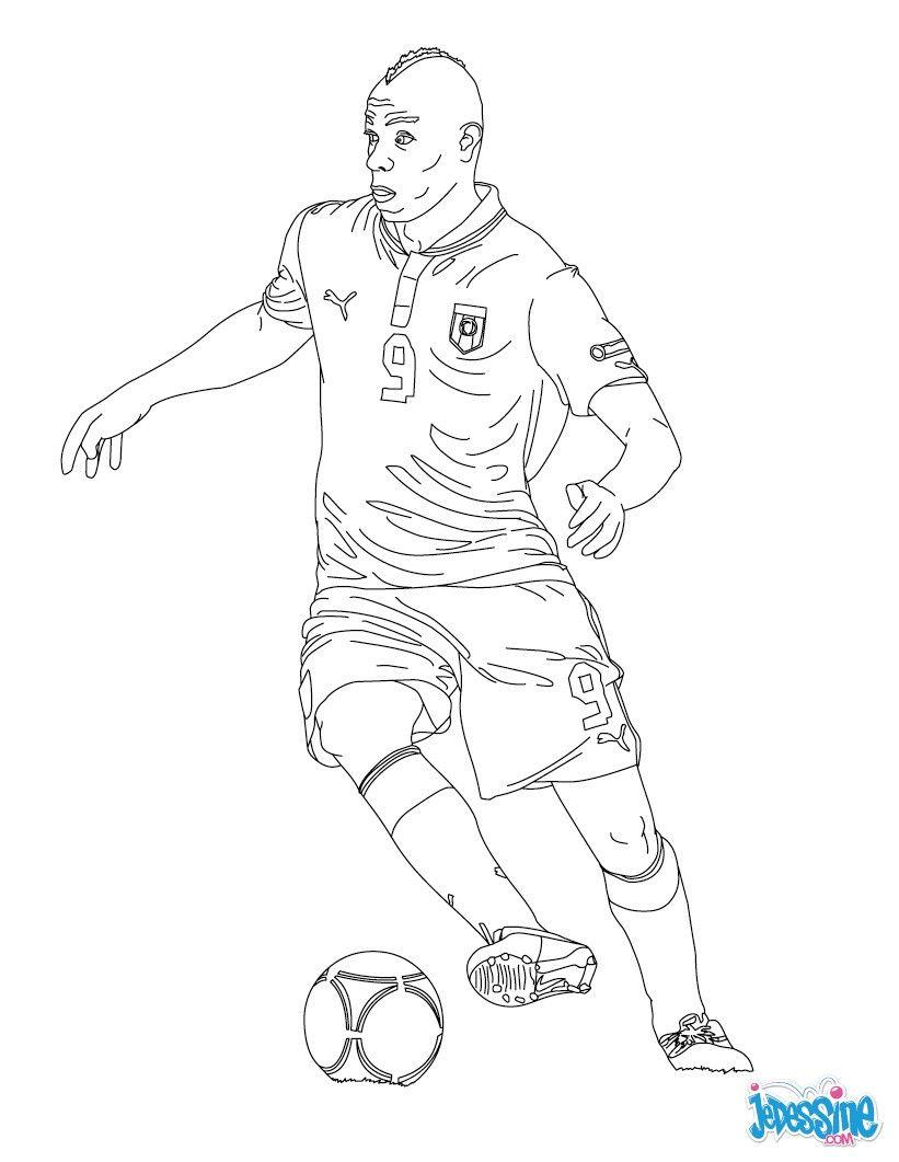 Coloriage Du Joueur De Foot Mario Baloteli. À Imprimer destiné Coloriage De Foot En Ligne