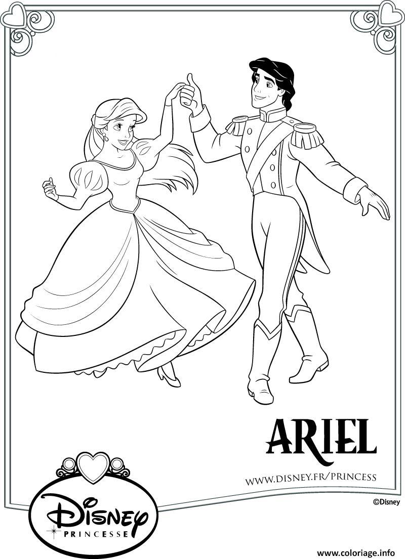 Coloriage Moment Romantique Pour La Petite Sirene Avec Son tout Coloriage Princesse Sirene