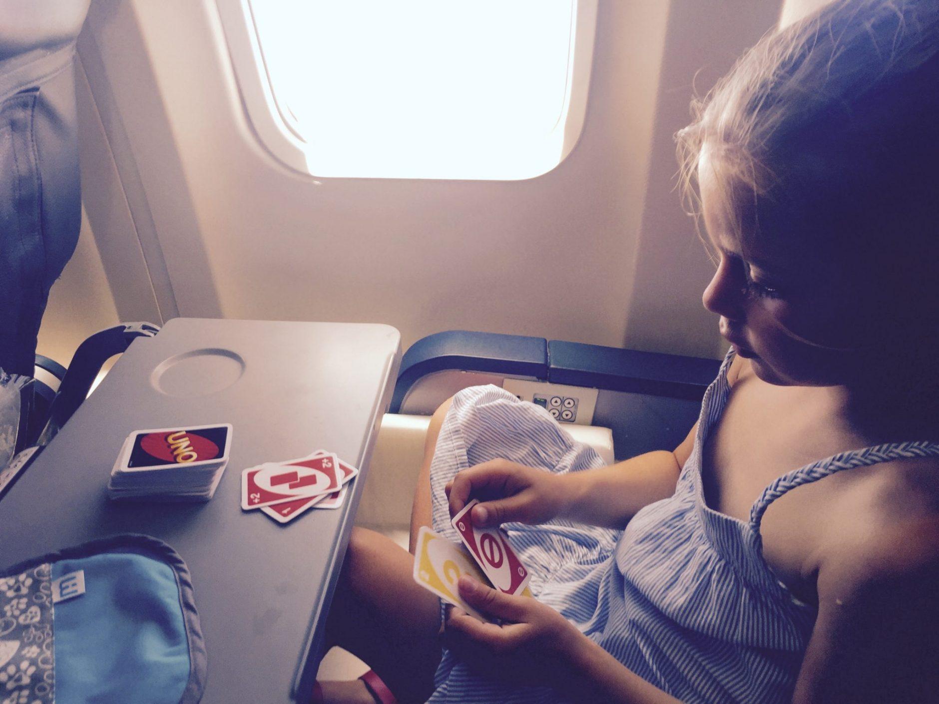 Des Idées De Jeux À Avoir Partout Avec Nous : En Avion, Au serapportantà Jeux Pour Voiture Bébé