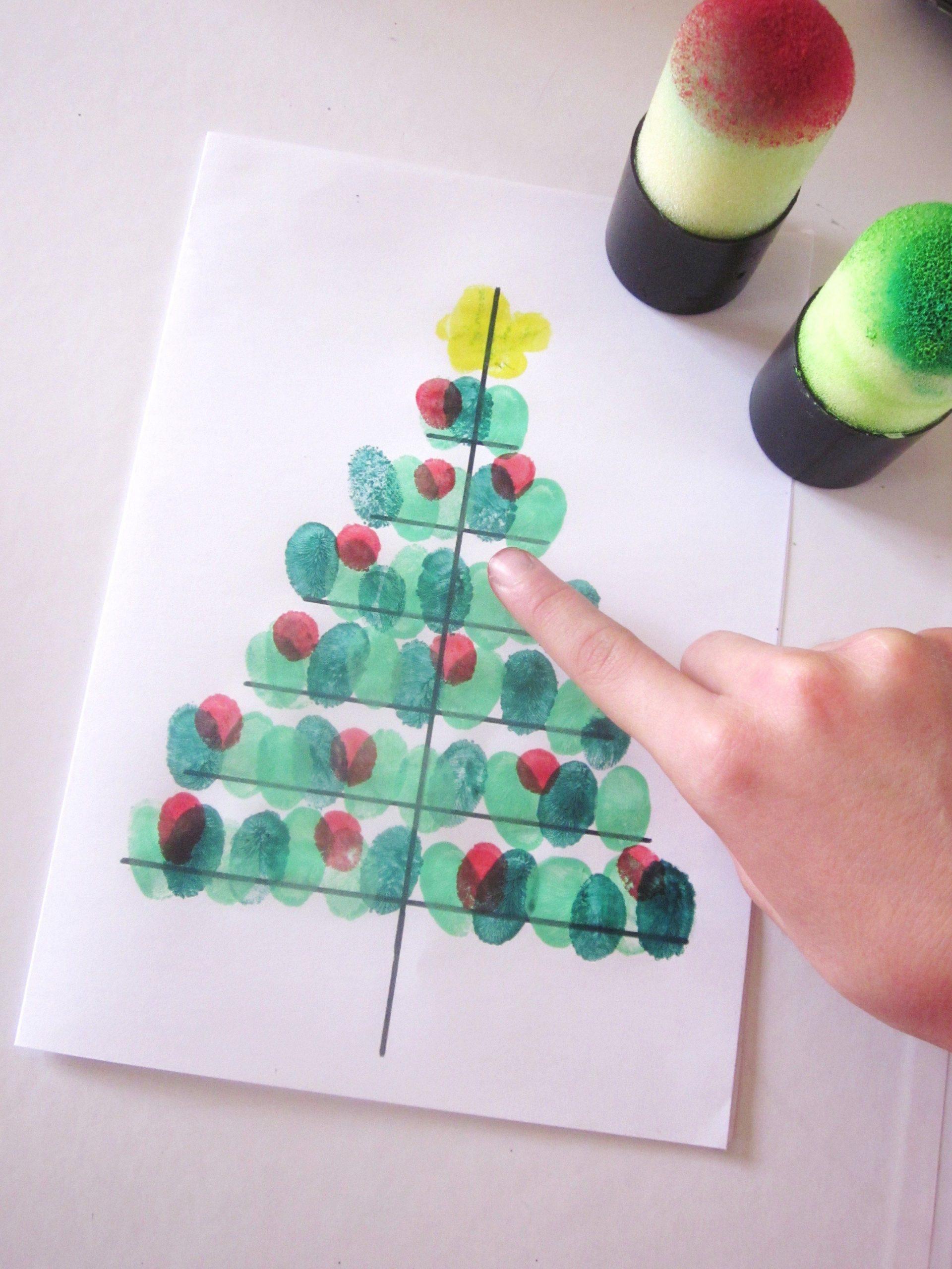 Diy} Carte Sapin De Noël Avec Des Empreintes De Doigts avec Cartes De Noel Maternelle