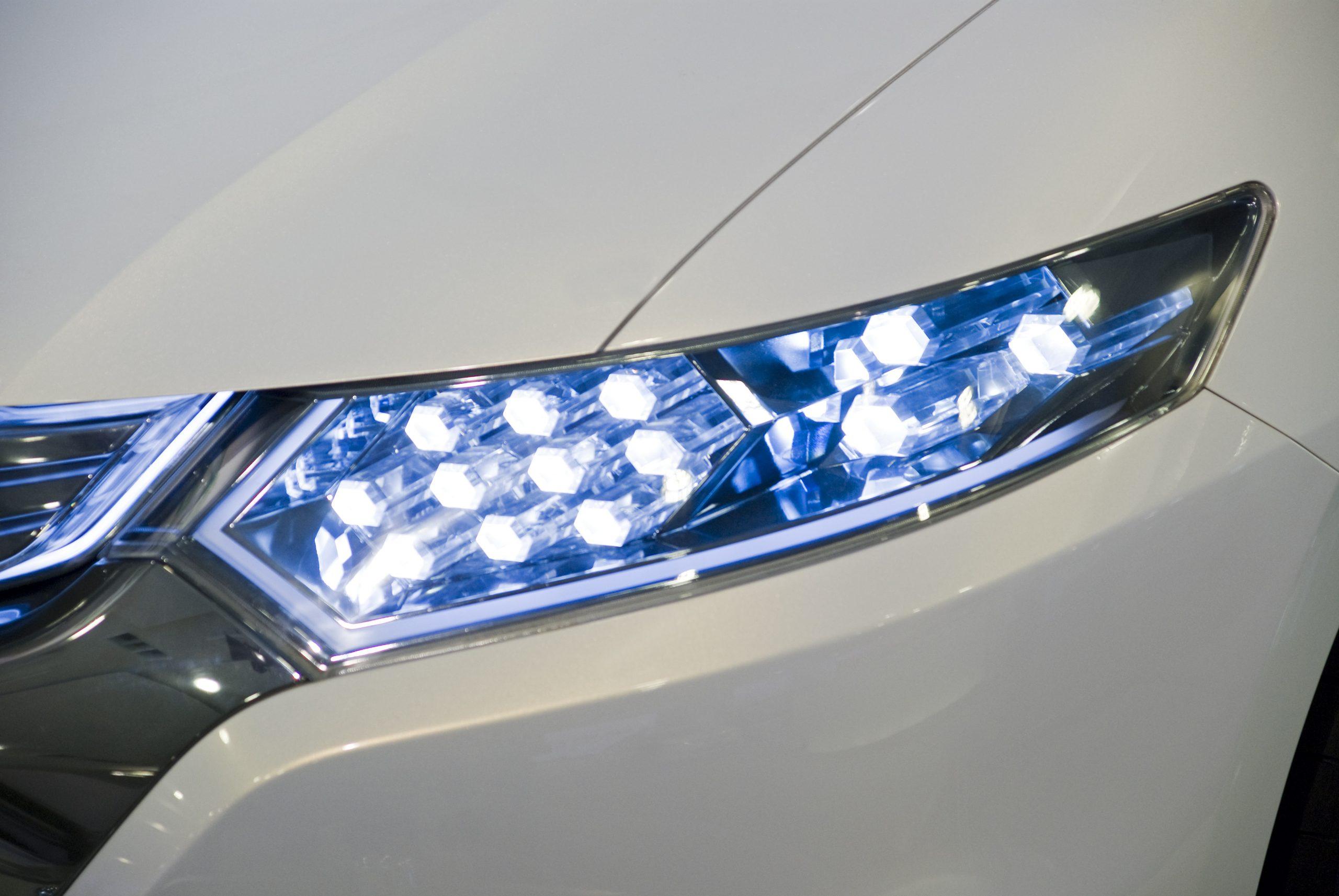 Éclairage Automobile — Wikipédia à Jeux De Voiture Avec Feu Rouge