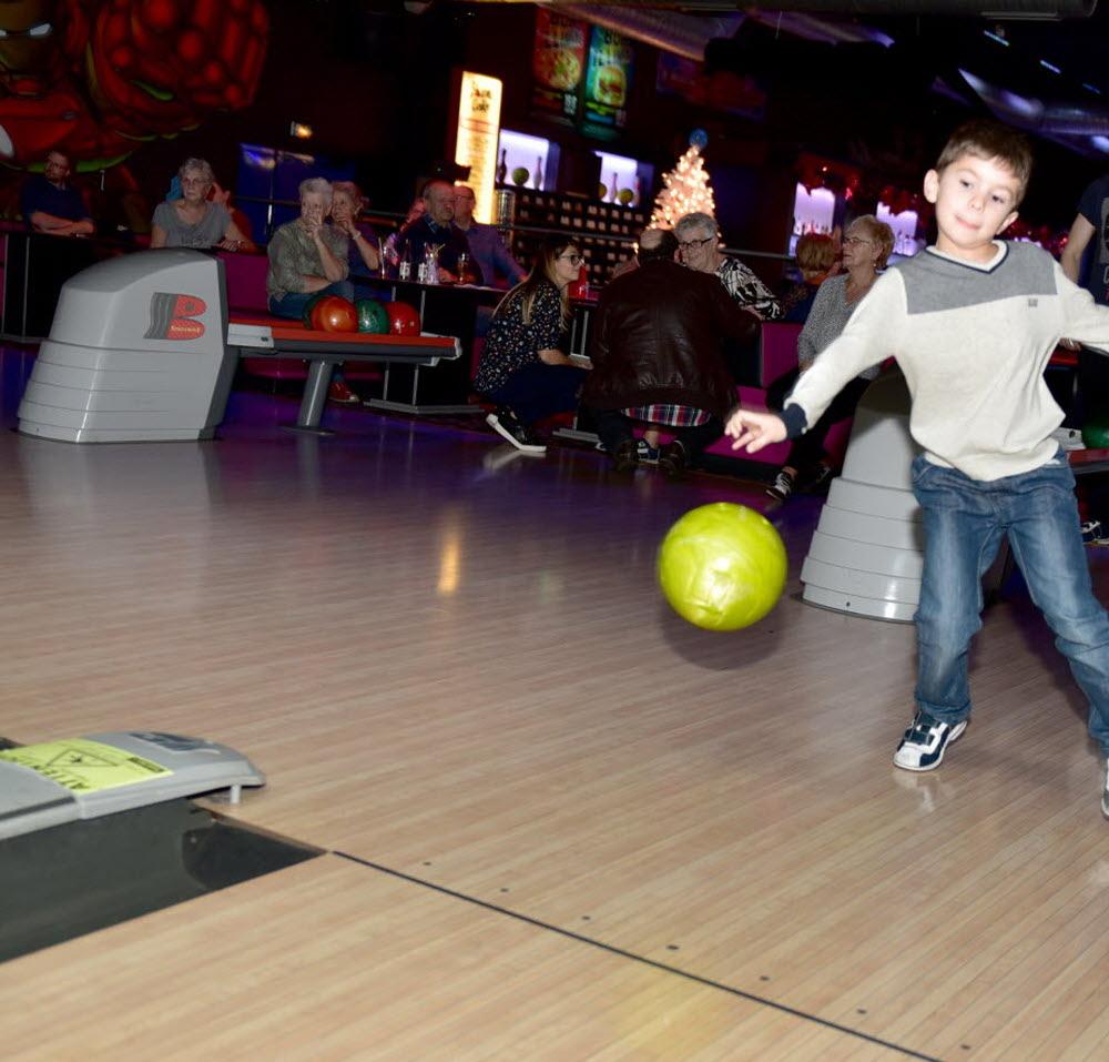Edition Saint Avold - Creutzwald | Saint-Avold : Il N'y A à Bowling Pour Enfant