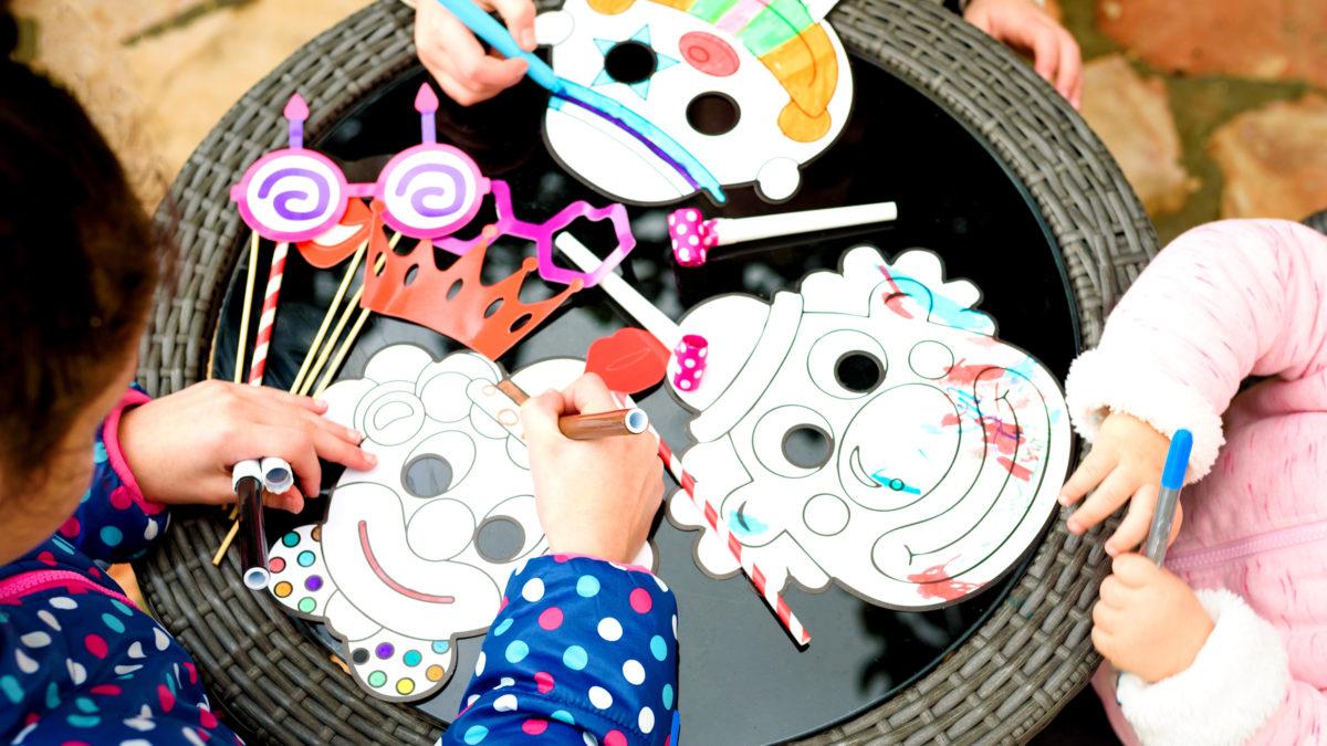 Fabriquer Masque Pour Le Carnaval : Idées Bricolage Pour destiné Masque Carnaval Maternelle À Imprimer