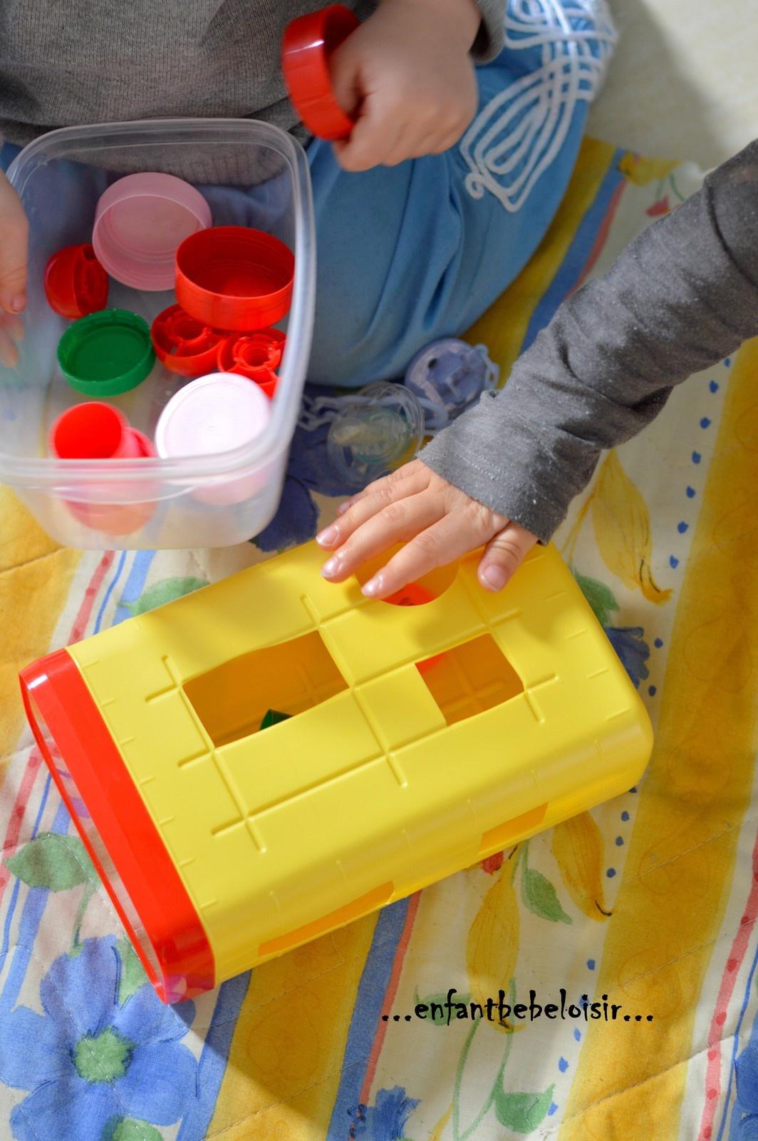 Fabriquer Un Jouet D'éveil Tout Simple - Enfant Bébé Loisir à Jeux D Eveil Bébé 2 Mois