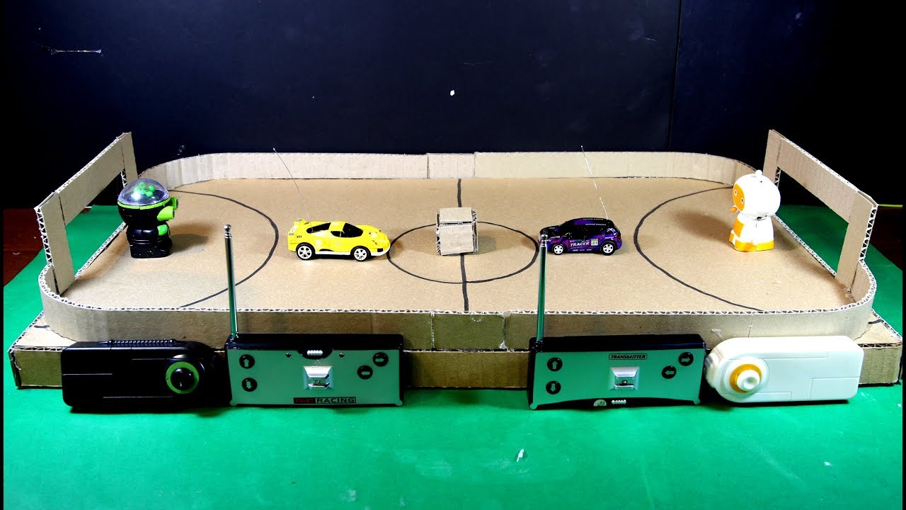 Faire Un Jeu De Football En Carton Pour Les Robots Et Les Voitures destiné Jeux A Faire Dans La Voiture