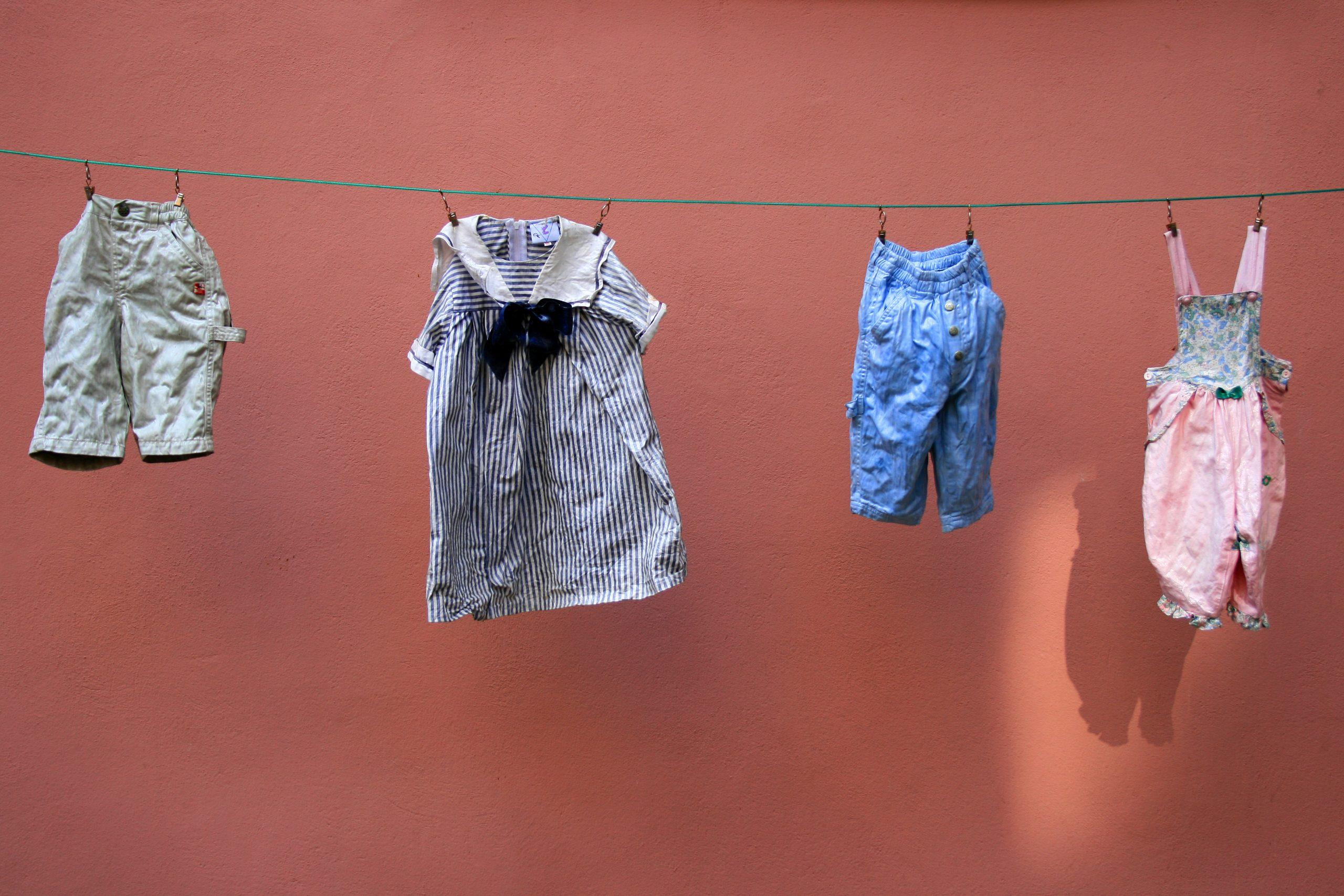 Fille Ou Garçon: Les Mamans Nous Disent Qui Coûte Le Plus avec Jeux De Vetement Pour Garçon