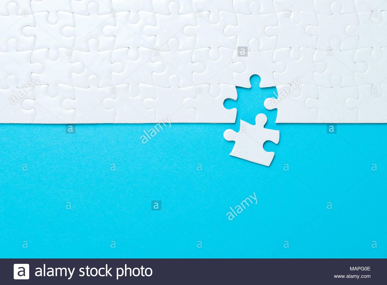 Fond Bleu Fabriqué À Partir De Puzzle Banque D'images, Photo encequiconcerne Puzzle À Partir De Photo