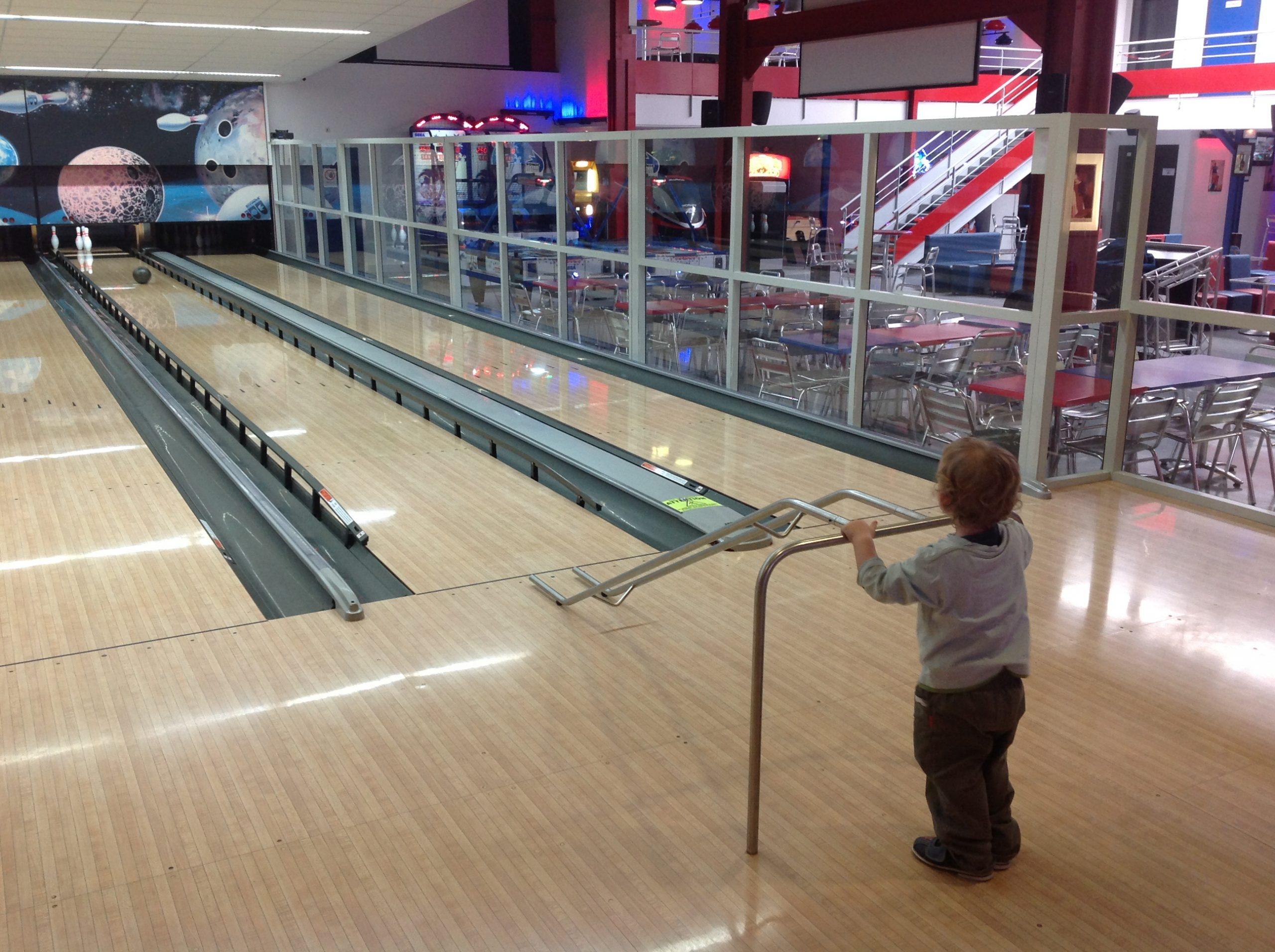 Genas Bowling Lyon - Espace De Loisirs Et De Divertissements intérieur Bowling Pour Enfant