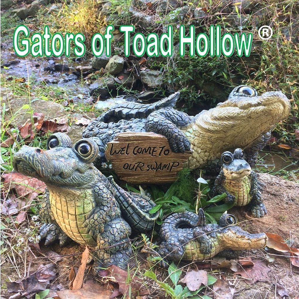 Homestyles Toad Hollow 13 In. W Large Lying Whimsical Gator Home And Garden  Alligator Statue destiné Mots Gator