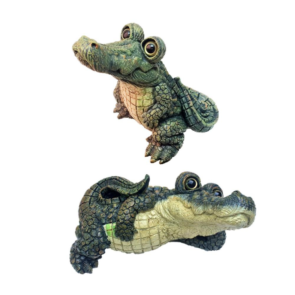 Homestyles Toad Hollow Small Whimsical Gator Home And Garden Alligator  Figurines (2-Piece) dedans Mots Gator