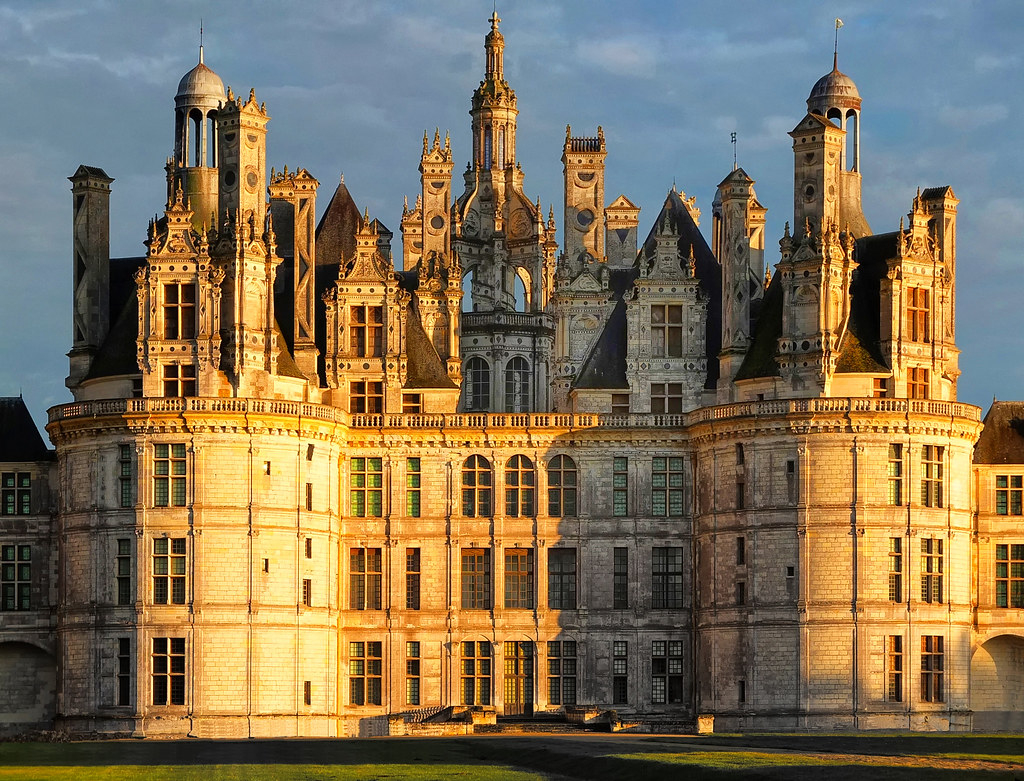 Jeu Des 7 Différences .. | Symétrie Château De Chambord- Loi concernant Jeu Des 7 Differences