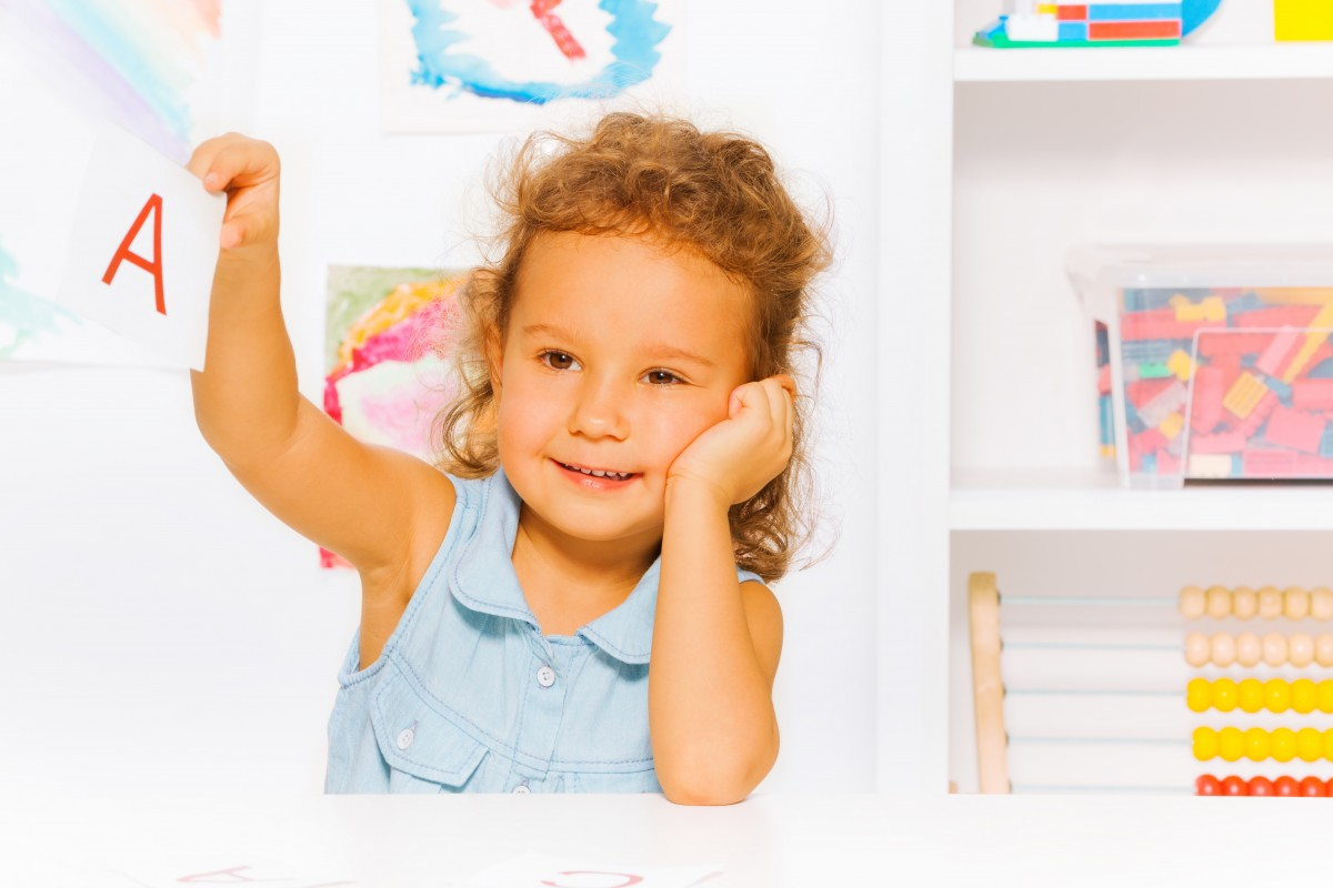 Jeux Pour Apprendre Les Lettres Et À Lire En Jouant > Mes intérieur Apprendre Les Lettres En Jouant