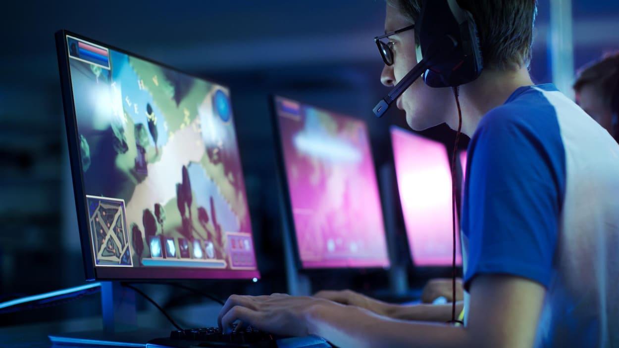Jeux Vidéo : 30 Entreprises S'allient Pour Vaincre Le pour Jeux Sur Ordinateur En Ligne