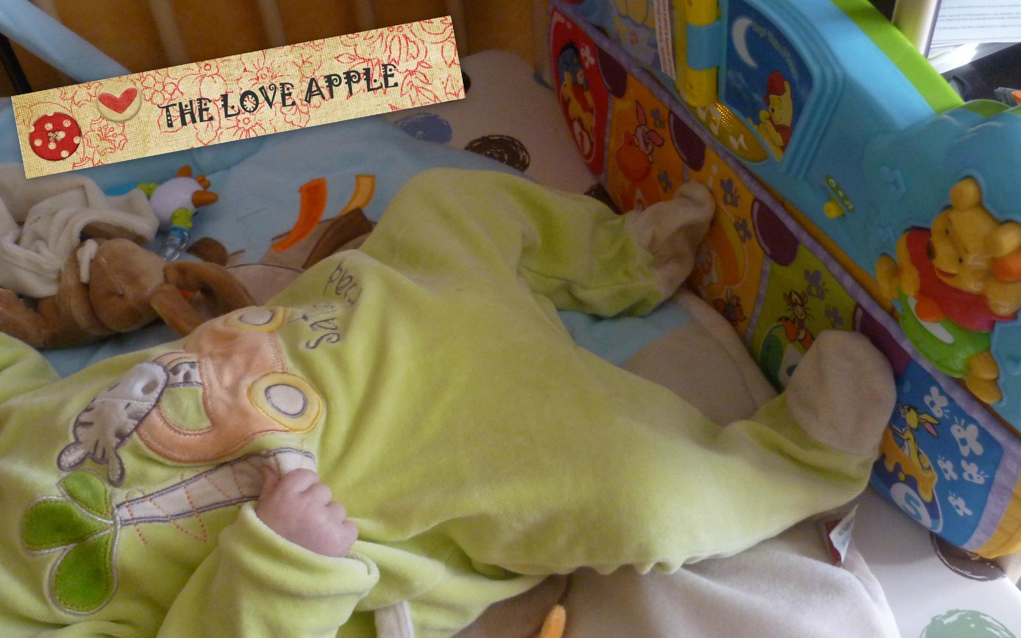 Jouet D Eveil Pour Bebe De 3 Mois - L'univers Du Bébé concernant Jeux Eveil Bebe 2 Mois