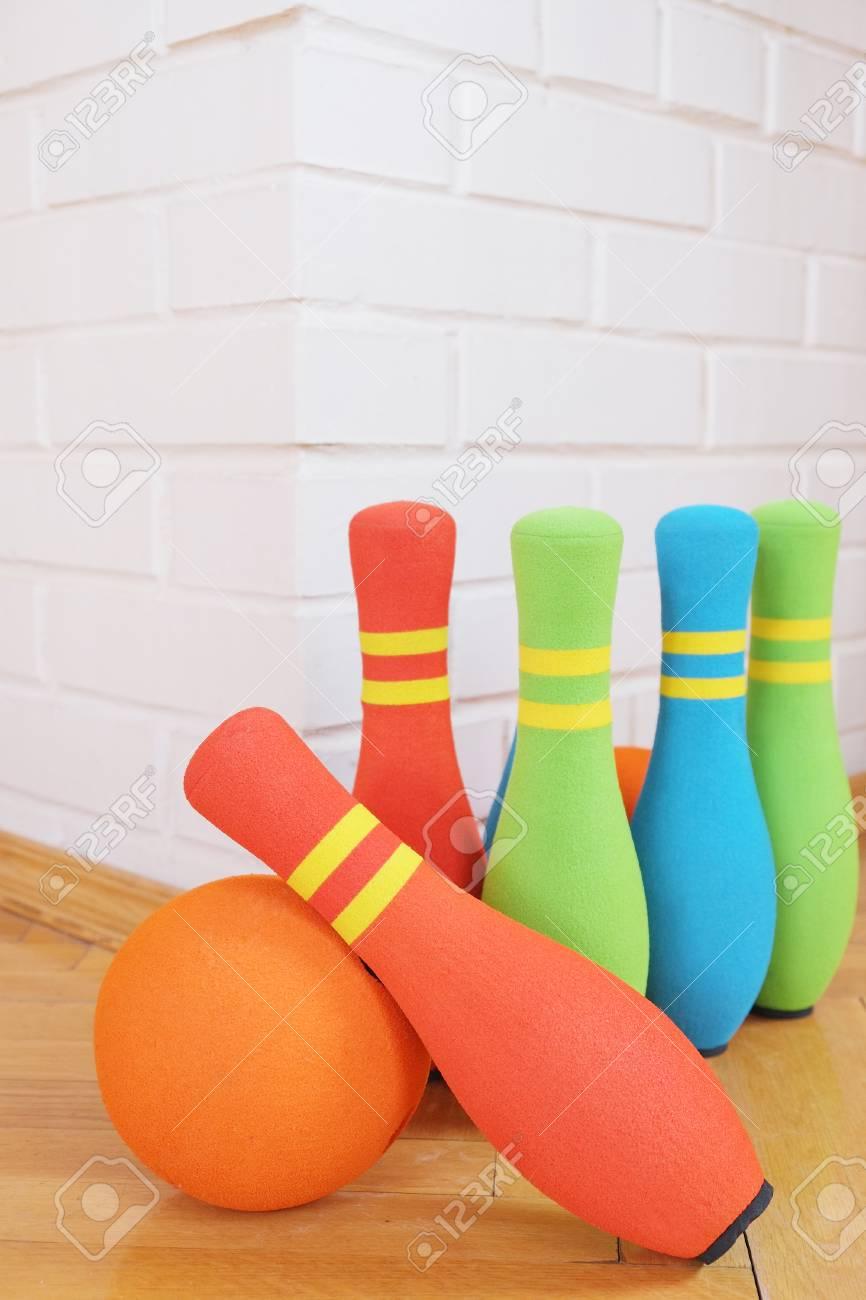 Jouet Pour Enfants Bowling Douces Épingles Colorées intérieur Bowling Pour Enfant