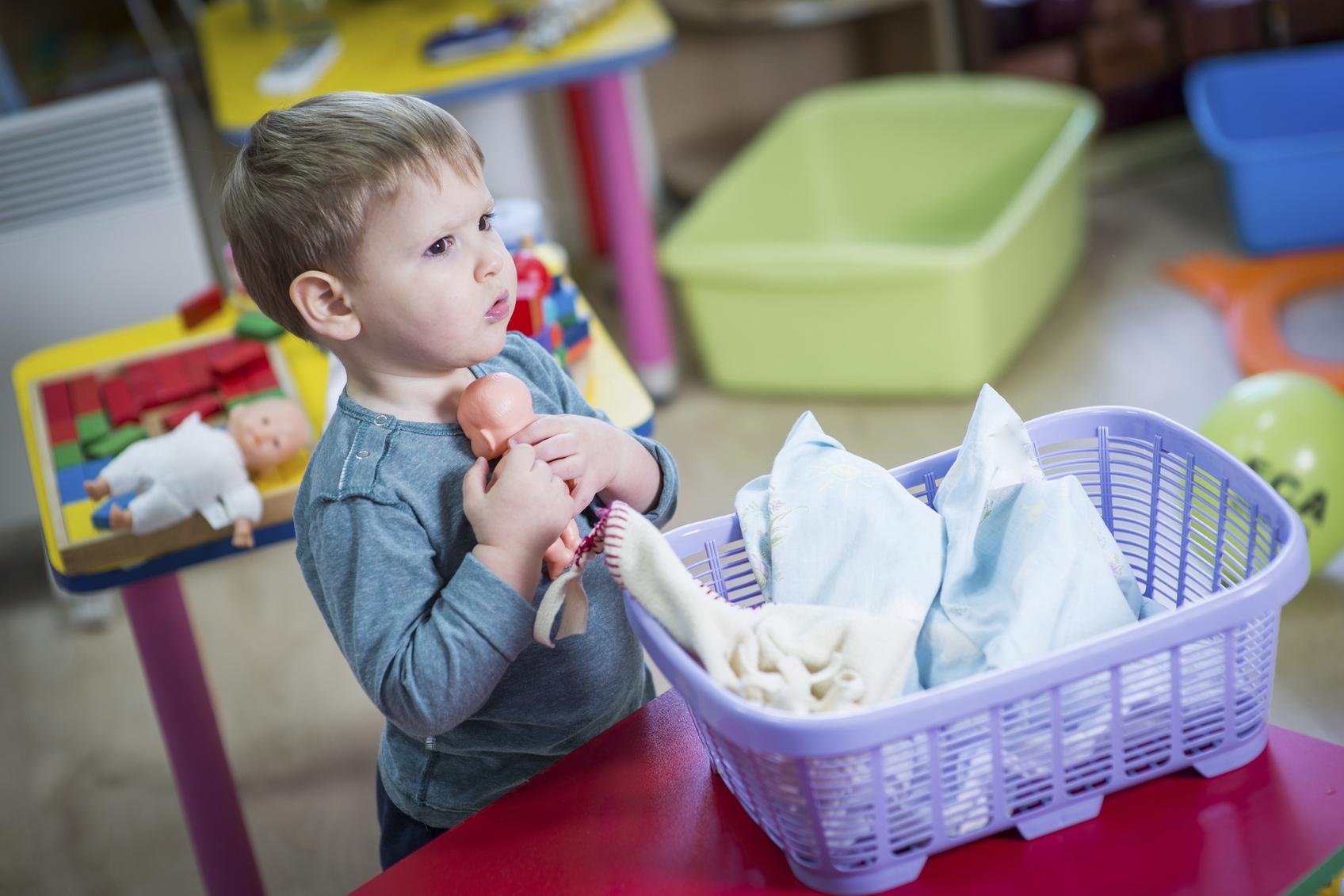 La Poupée, Essentielle Pour L'enfant Dès 2 Ans intérieur Jeux De Vetement Pour Garçon