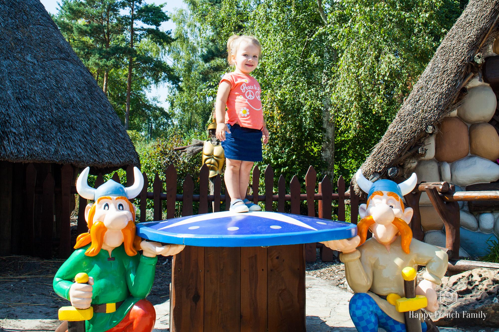 Le Parc Astérix Avec Une Enfant De 2 Ans Et Demi ! – Happy concernant Bebe A 2 Ans Et Demi