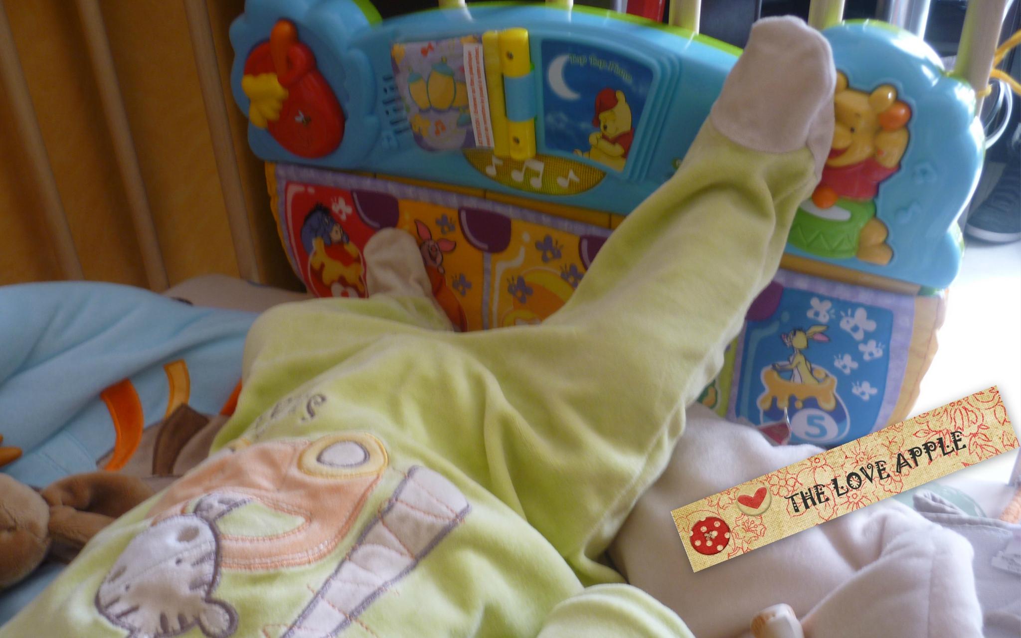 Le Tap Tap Piano : Un Jeu D'éveil - À Partir De 3 Mois - The serapportantà Jeux Eveil Bebe 2 Mois