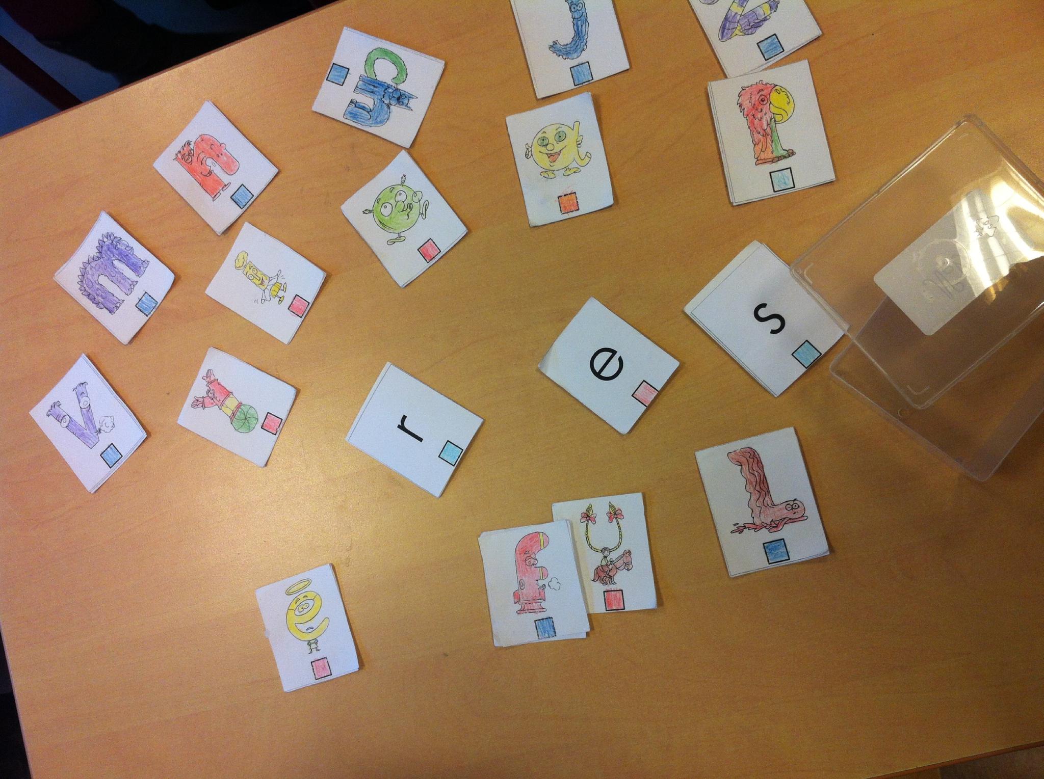 Les Alphas À L'école, Apprendre À Lire En S'amusant. - Sunnyreve concernant Apprendre Les Lettres En Jouant