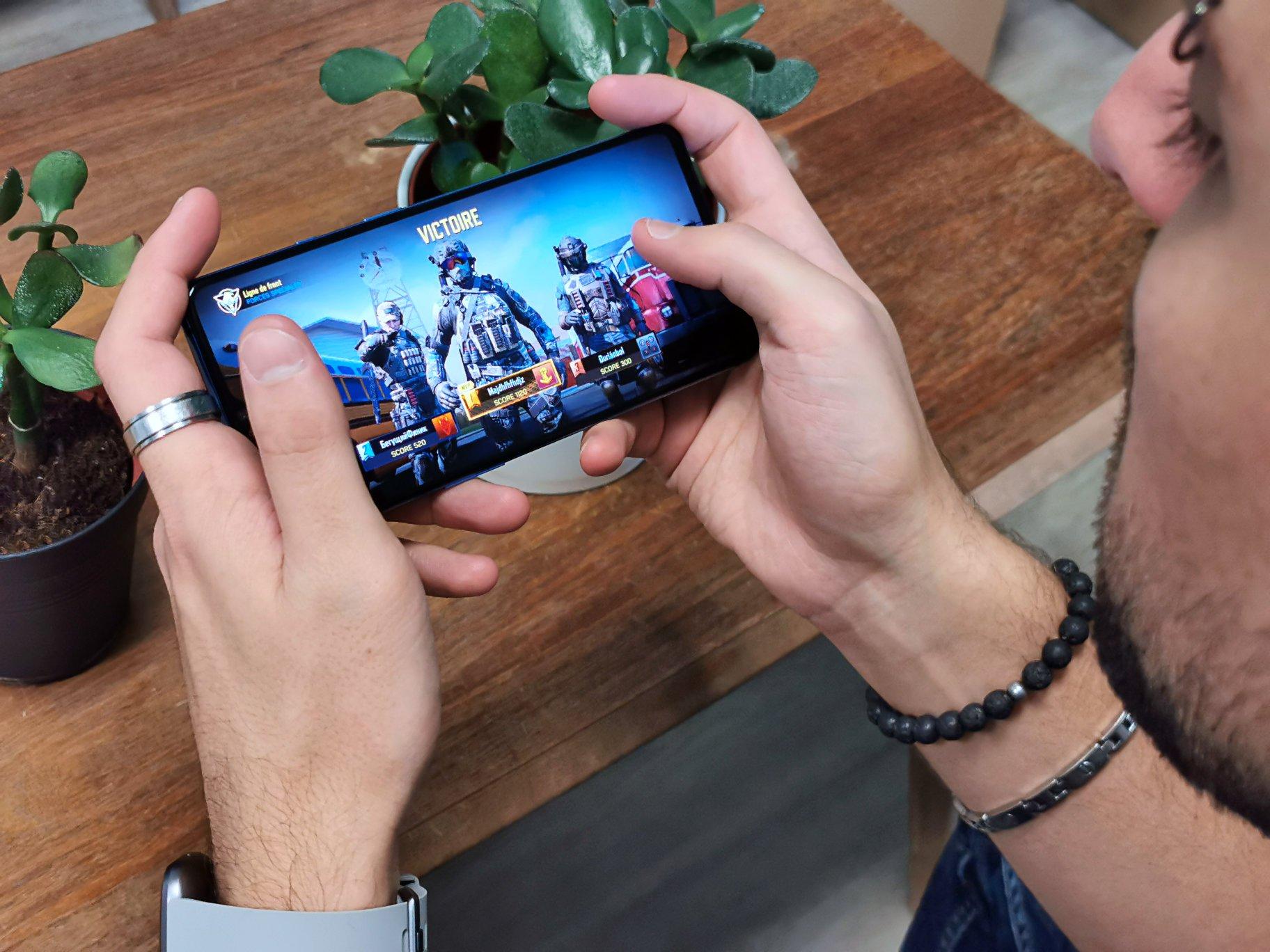 Les Meilleurs Fps Et Tps (Jeux De Tir) Sur Android Et Iphone concernant Jeux Gratuit Pour Portable