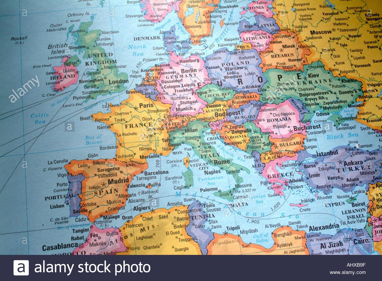 L'illustre La Carte Du Monde Avec Les Pays Et Continents destiné Carte Du Monde Avec Continent