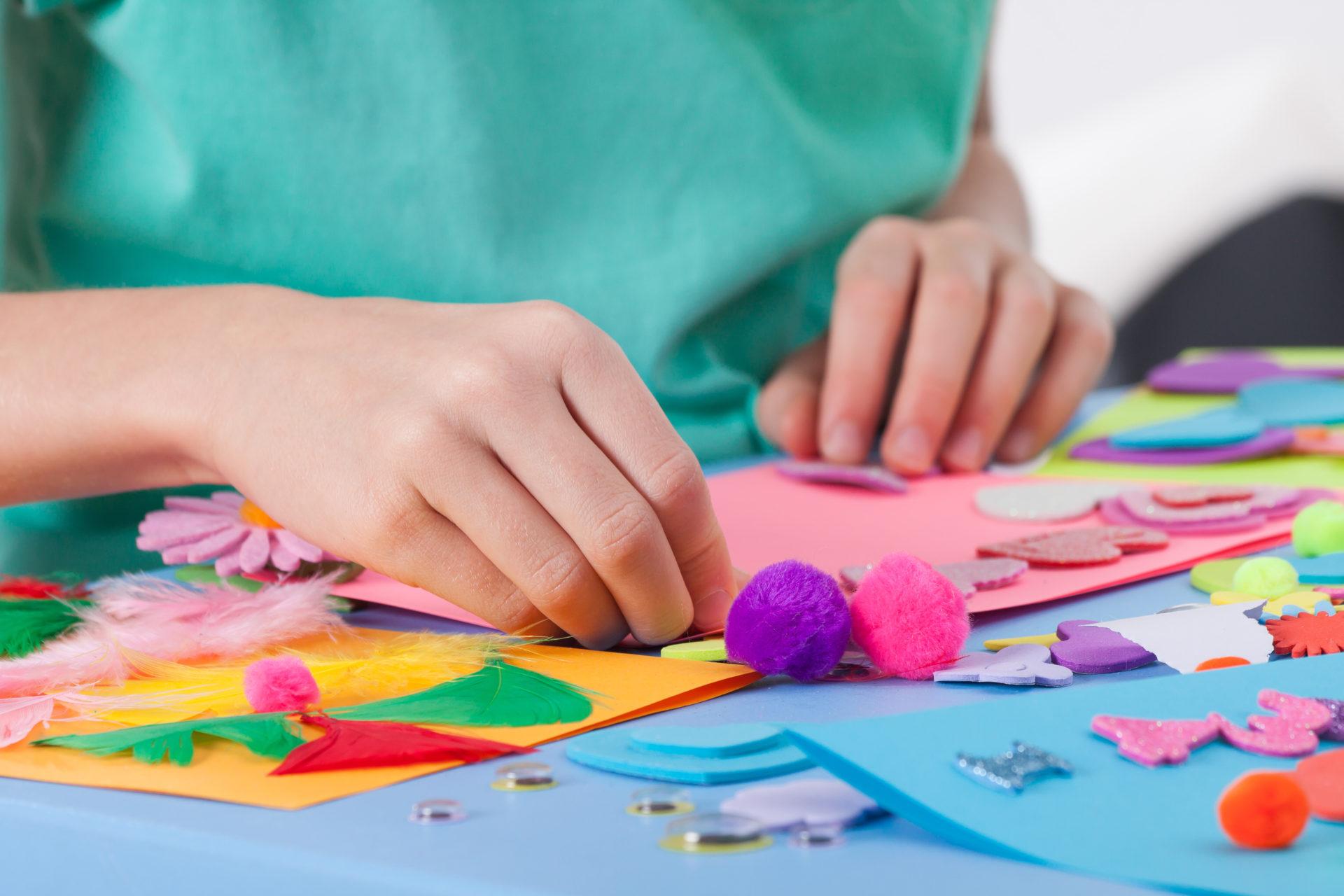 Loisirs Creatifs Pour Enfant, Materiel Bricolage Pour Enfant encequiconcerne Activité Manuelle Enfant 3 Ans