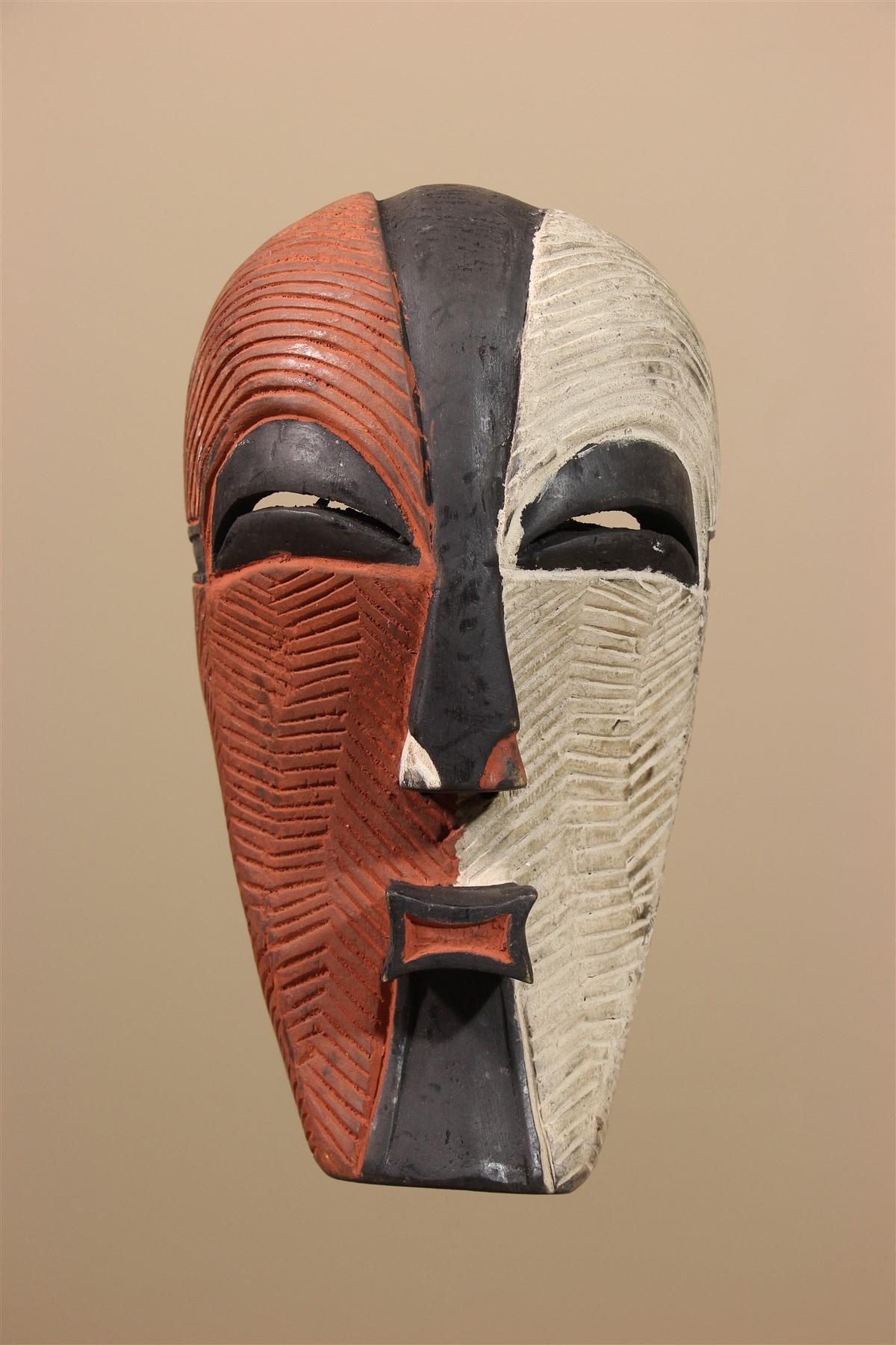 Masque Africain Songye encequiconcerne Masque Afriquain