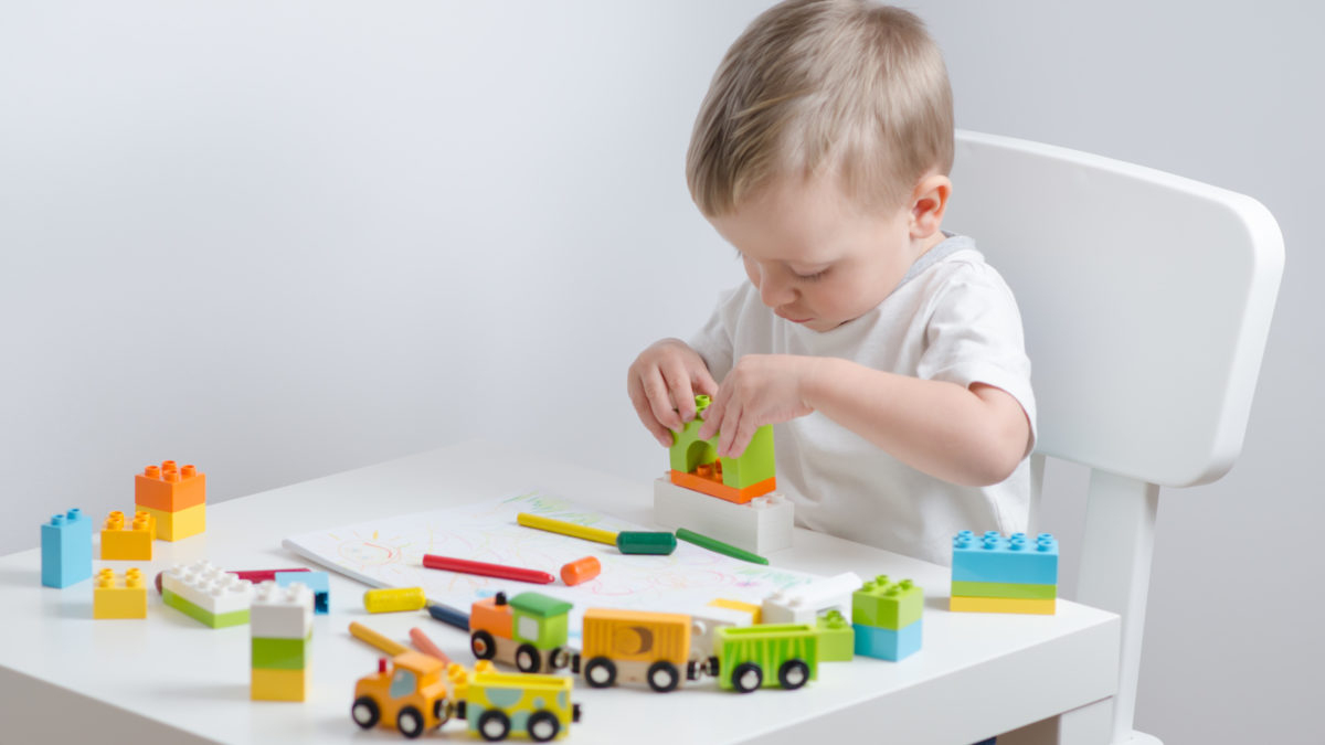 Motricité Jeux Et Jouets, Idées Cadeaux Pour Enfant De 12 dedans Jeux D Eveil Bébé 2 Mois