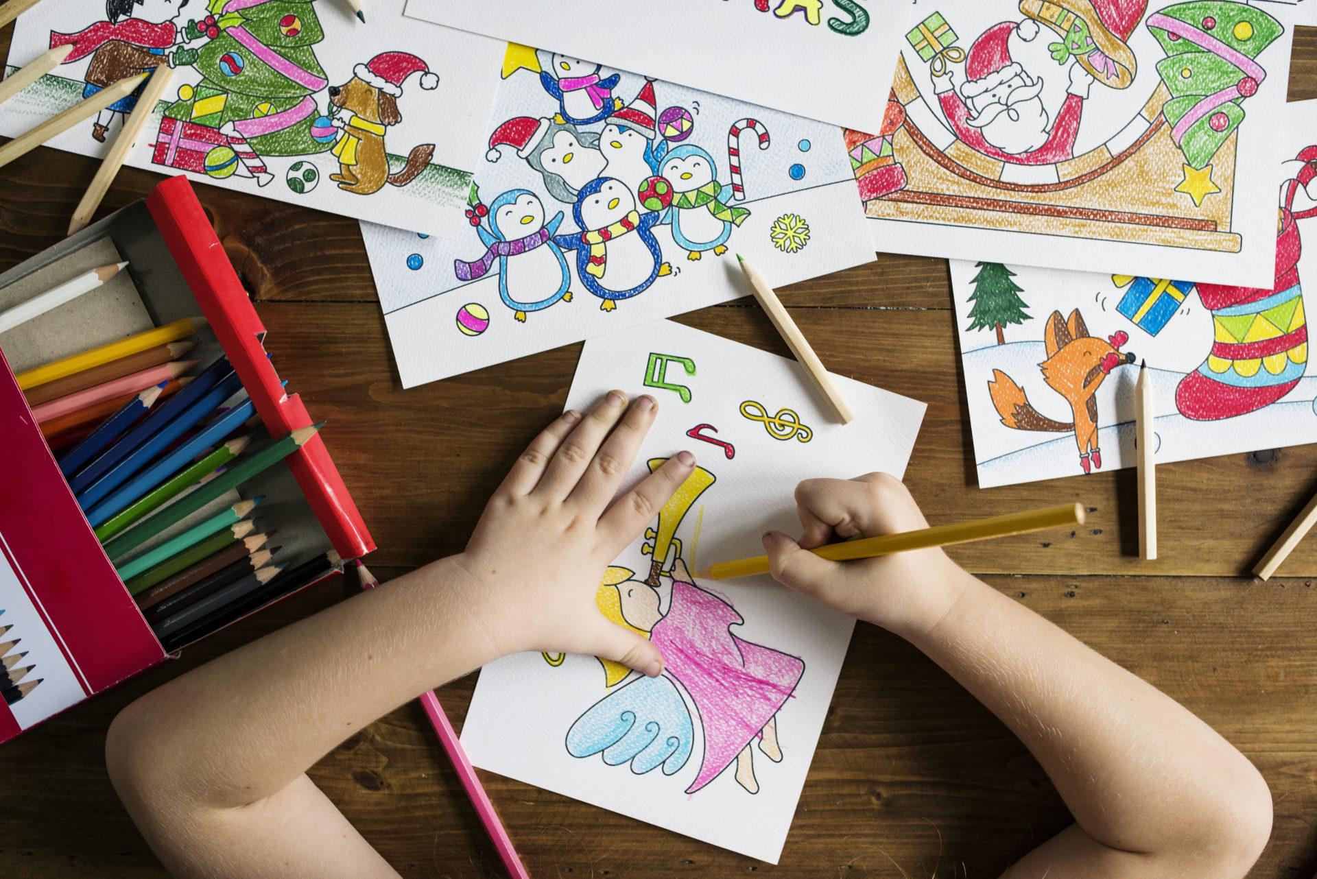 Noël : Coloriages Et Dessins De Noel À Imprimer - Un Max D'idées avec Dessin A Colorier De Noel Gratuit A Imprimer