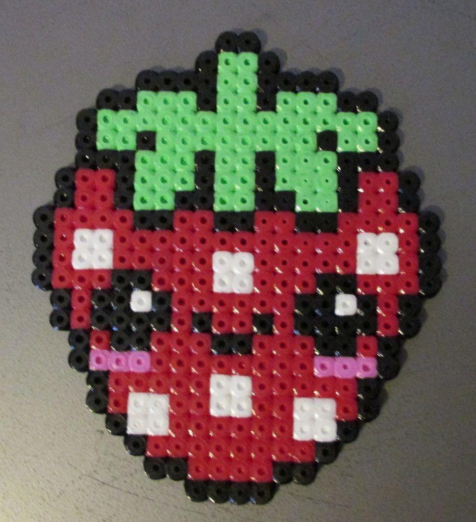 Nourritue En Perles À Repasser - Pixel Art En Perle À Repasser à Pixel Art Fraise