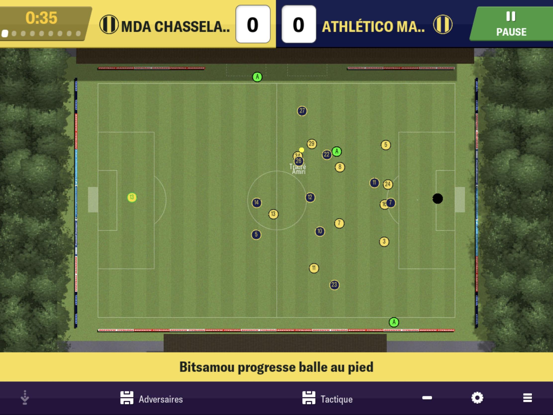 On A Enfilé La Tenue De L'entraineur : Test De Football à Jeux Foot Tablette