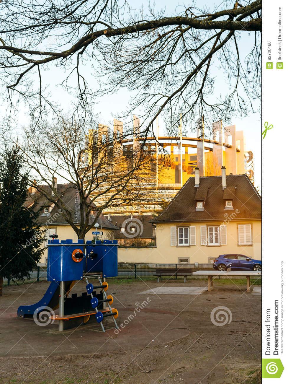 Parc De Terrain De Jeu Du Parlement Européen Et D'enfants encequiconcerne Jeux Union Européenne