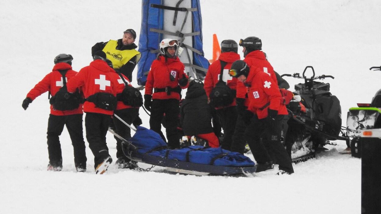 Poursuite De 144 000 $ Contre Le Mont Lac-Vert | Radio-Canada.ca destiné Cauchemar Poursuite