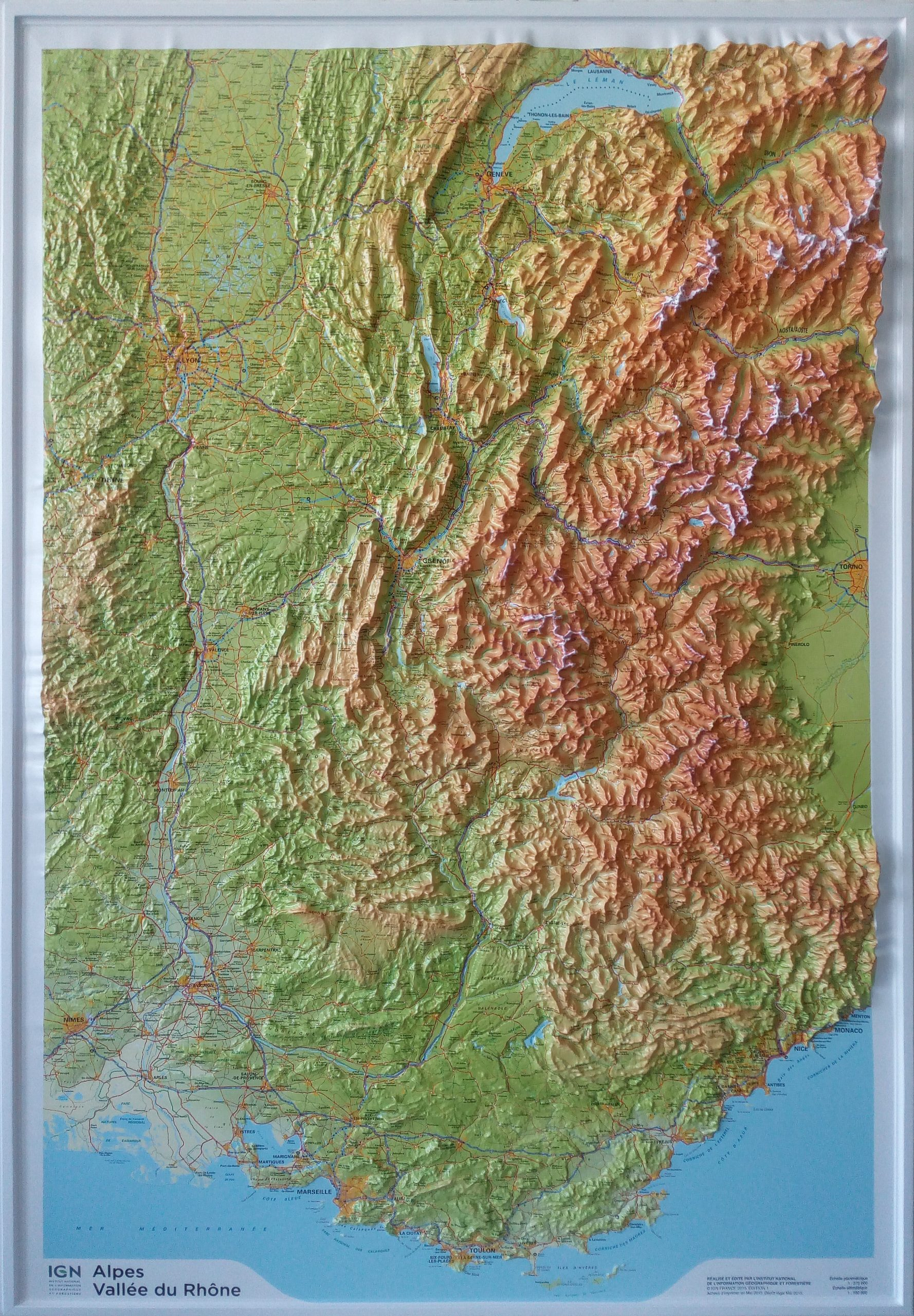 Raised Relief Map French Alps And Rhone Valley As 3D Map concernant Carte De L Europe En Relief