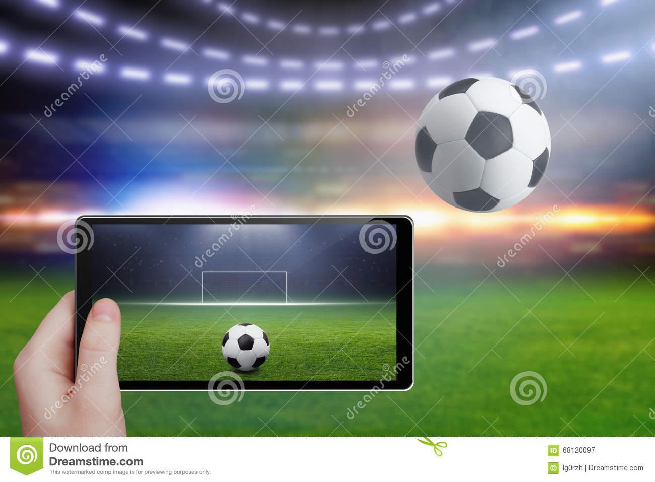 Tablette À Disposition, Stade De Football Image Stock tout Jeux Foot Tablette