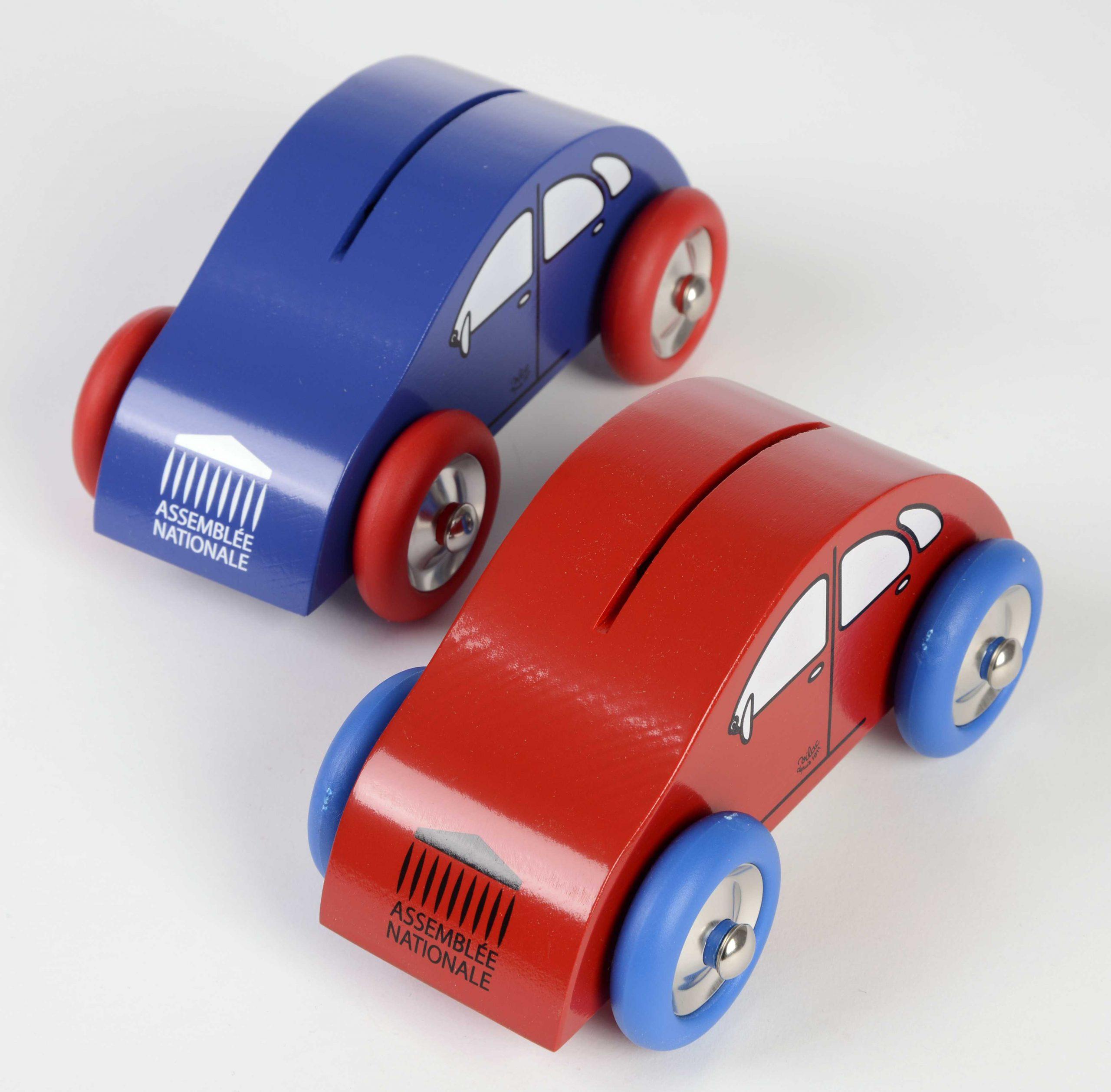 Tirelire Voiture Bleue (Existe En Rouge) - La Boutique De L destiné Jeux De Voiture Rouge