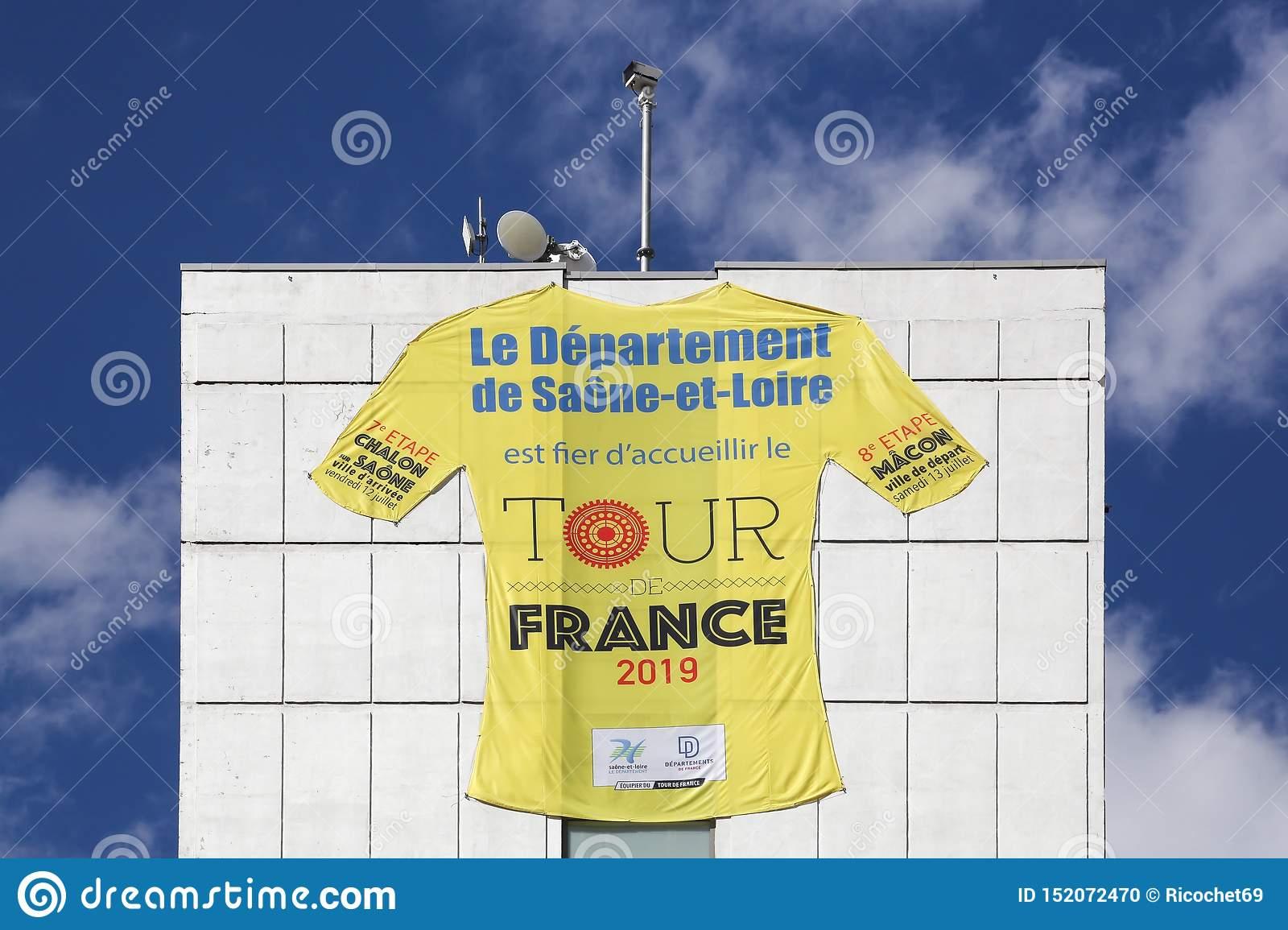 Tour De France Cycling In Saone Et Loire Departement In dedans Departement 12 En France